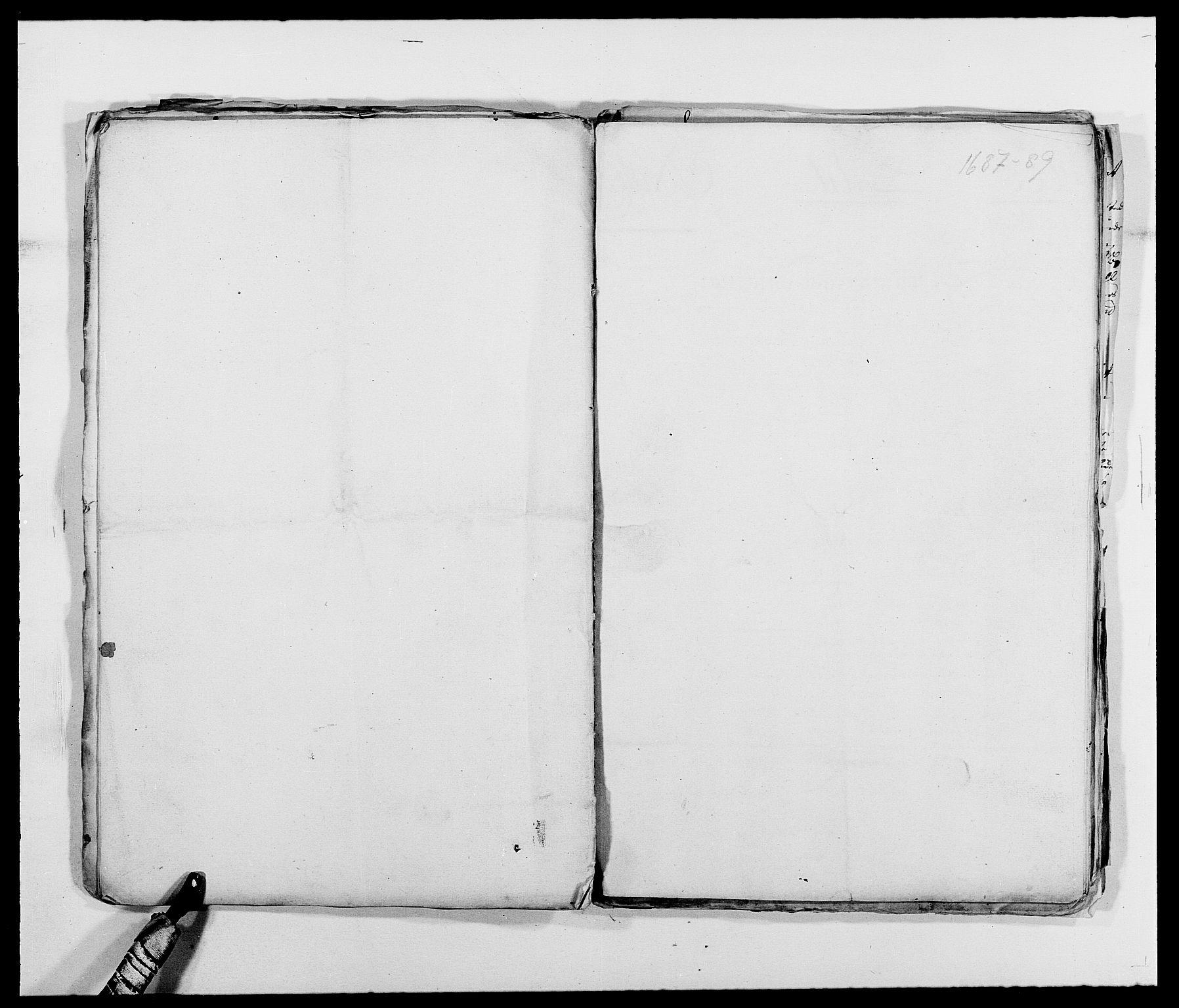 RA, Rentekammeret inntil 1814, Reviderte regnskaper, Fogderegnskap, R39/L2307: Fogderegnskap Nedenes, 1684-1689, s. 45