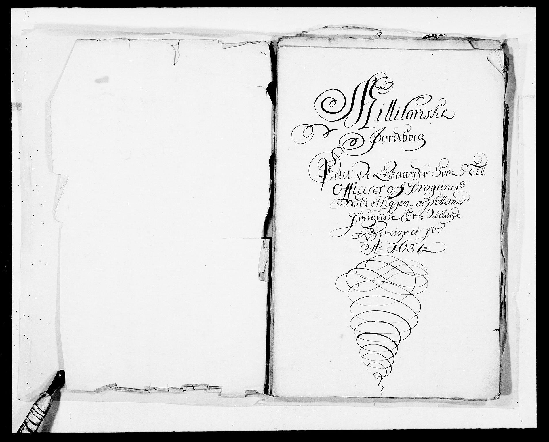 RA, Rentekammeret inntil 1814, Reviderte regnskaper, Fogderegnskap, R06/L0282: Fogderegnskap Heggen og Frøland, 1687-1690, s. 3