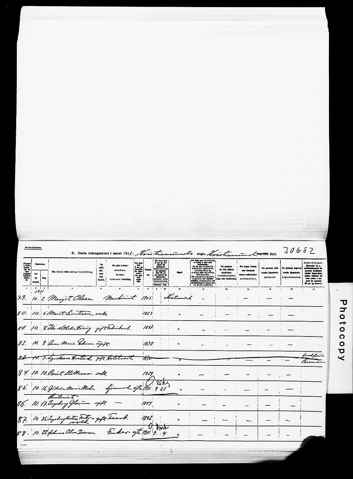 SAT, Ministerialprotokoller, klokkerbøker og fødselsregistre - Møre og Romsdal, 572/L0860: Ministerialbok nr. 572D04, 1903-1916