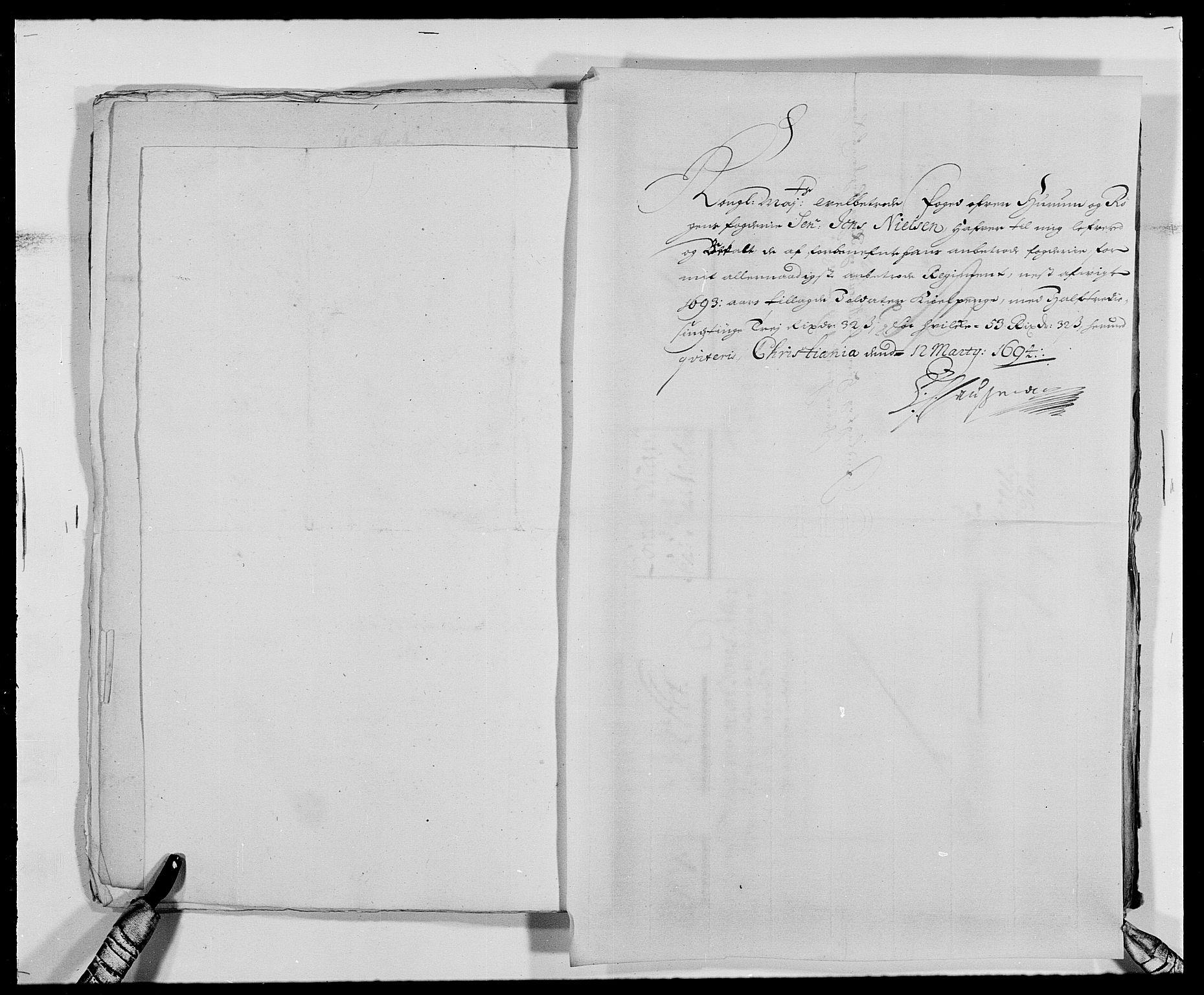 RA, Rentekammeret inntil 1814, Reviderte regnskaper, Fogderegnskap, R29/L1693: Fogderegnskap Hurum og Røyken, 1688-1693, s. 512