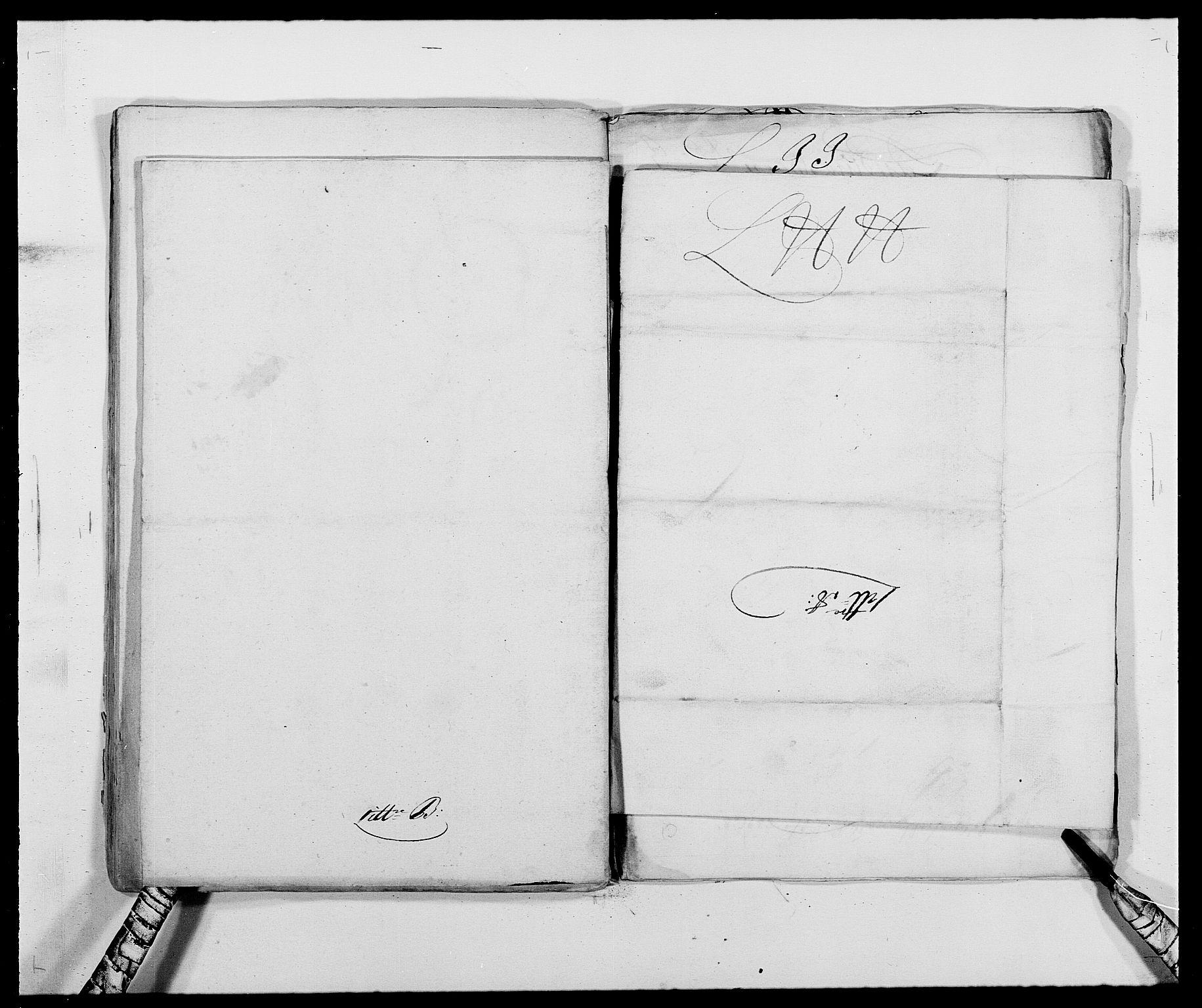 RA, Rentekammeret inntil 1814, Reviderte regnskaper, Fogderegnskap, R39/L2309: Fogderegnskap Nedenes, 1684-1689, s. 89
