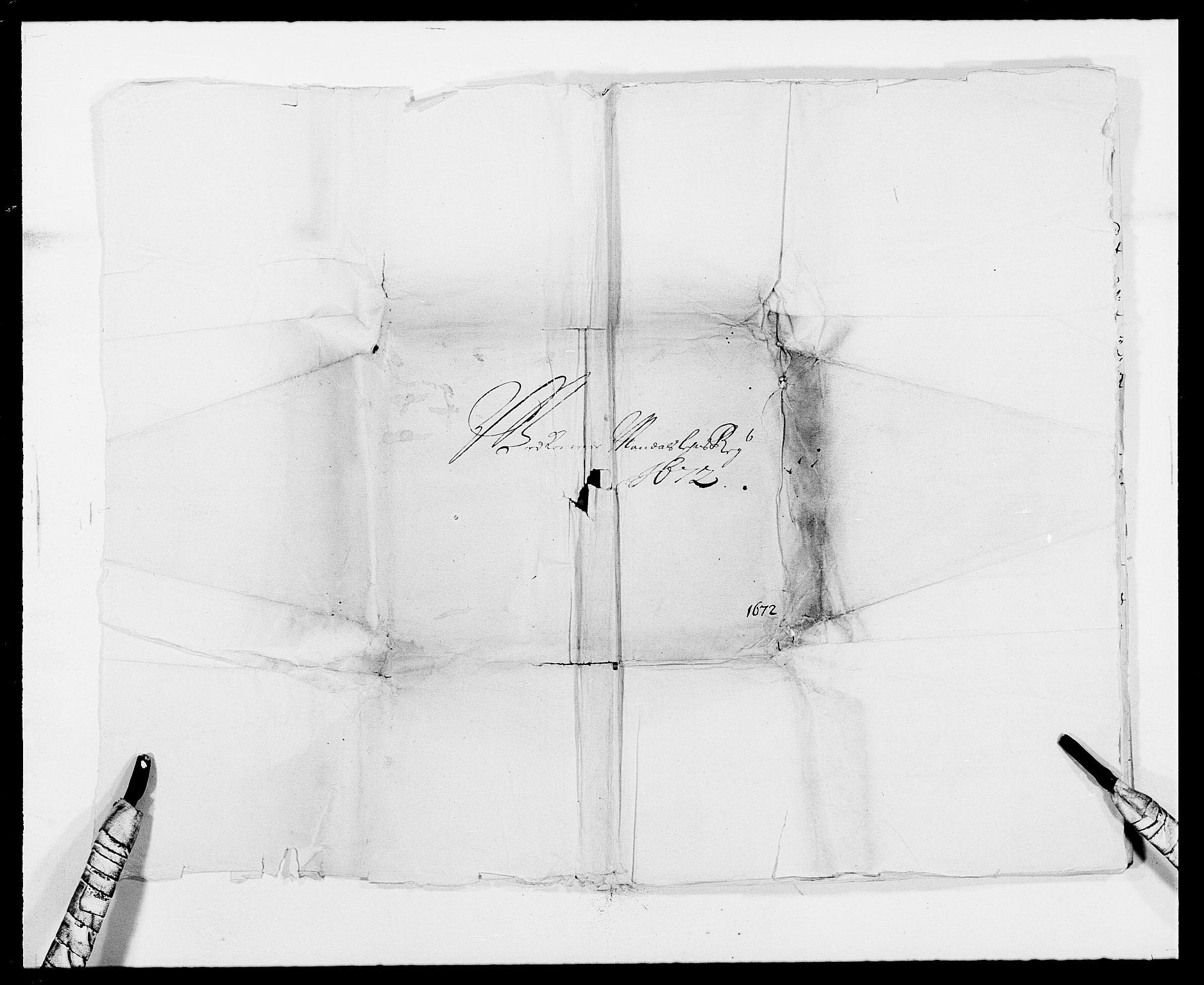 RA, Rentekammeret inntil 1814, Reviderte regnskaper, Fogderegnskap, R42/L2539: Mandal fogderi, 1671-1675, s. 96
