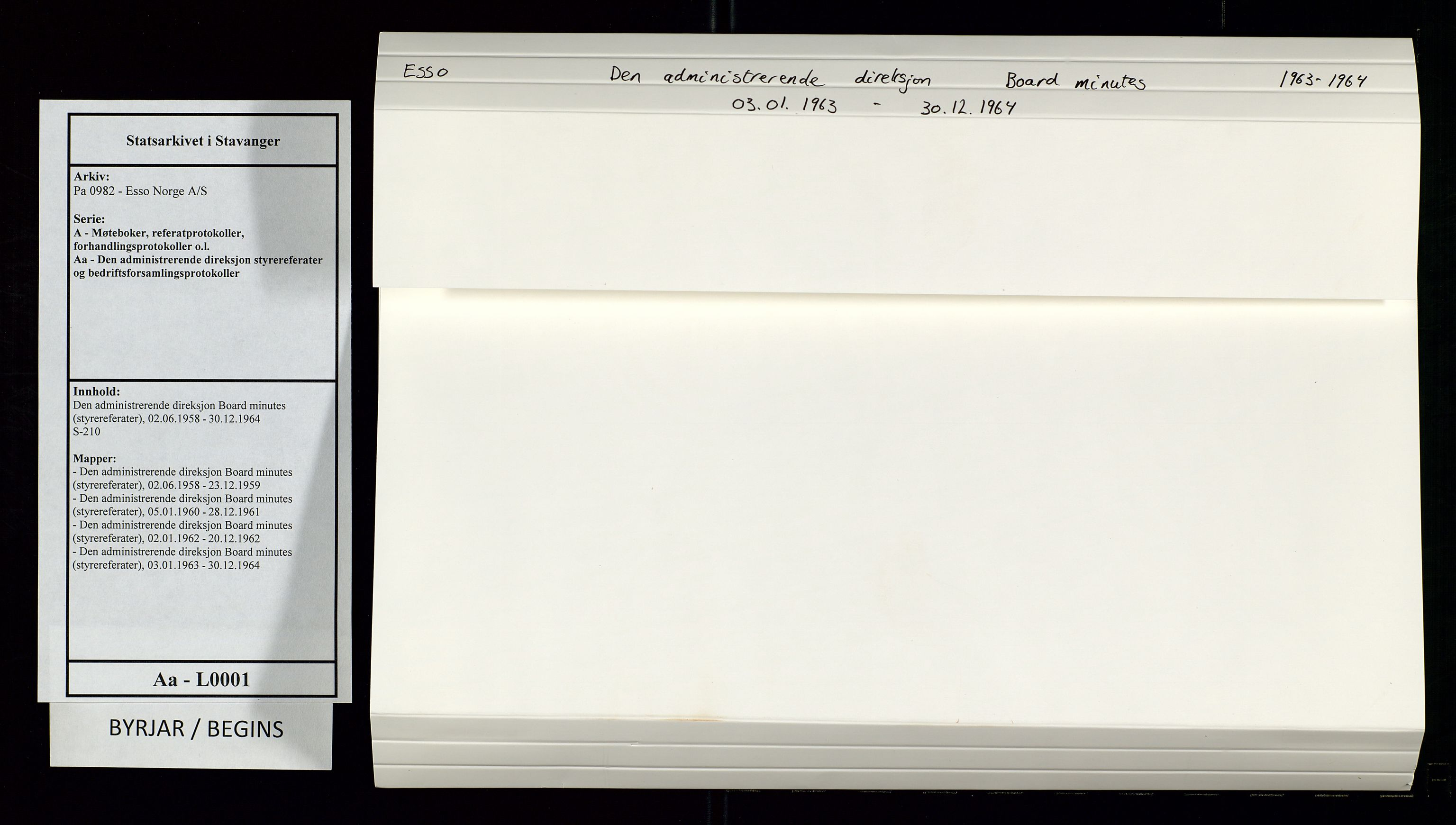 SAST, Pa 0982 - Esso Norge A/S, A/Aa/L0001: Den administrerende direksjon Board minutes (styrereferater), 1963-1964, s. 1