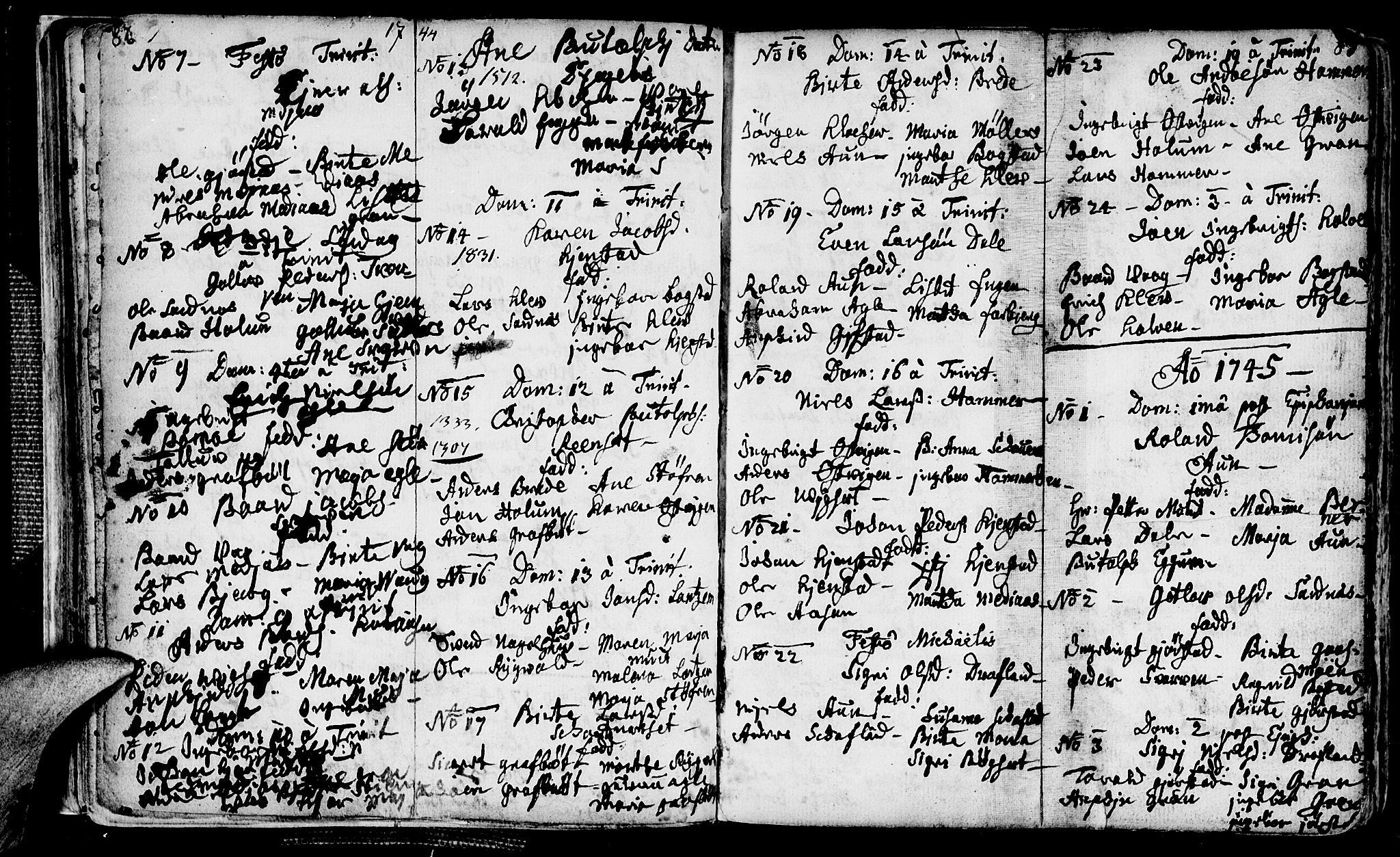 SAT, Ministerialprotokoller, klokkerbøker og fødselsregistre - Nord-Trøndelag, 749/L0467: Ministerialbok nr. 749A01, 1733-1787, s. 82-83