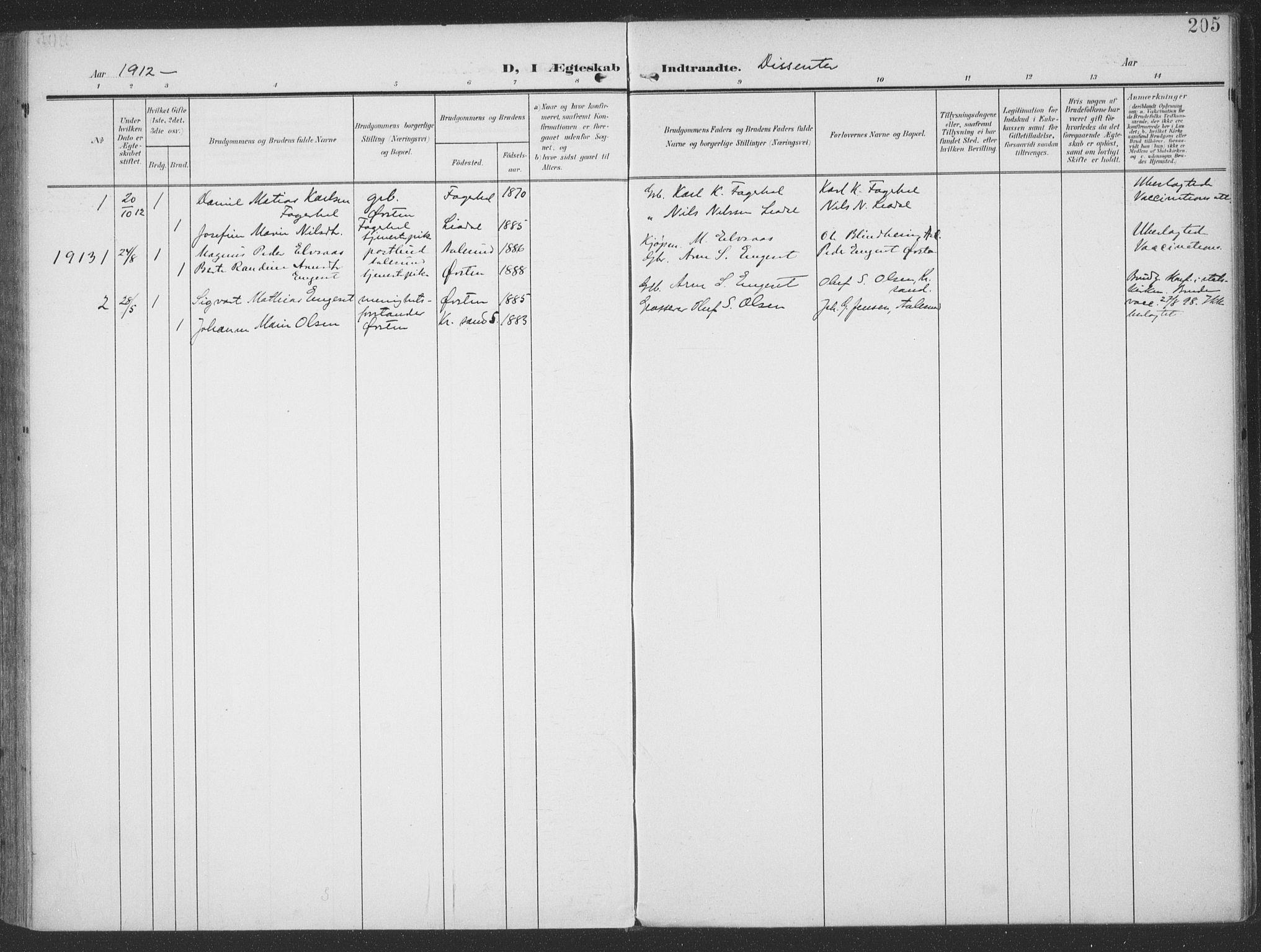 SAT, Ministerialprotokoller, klokkerbøker og fødselsregistre - Møre og Romsdal, 513/L0178: Ministerialbok nr. 513A05, 1906-1919, s. 205