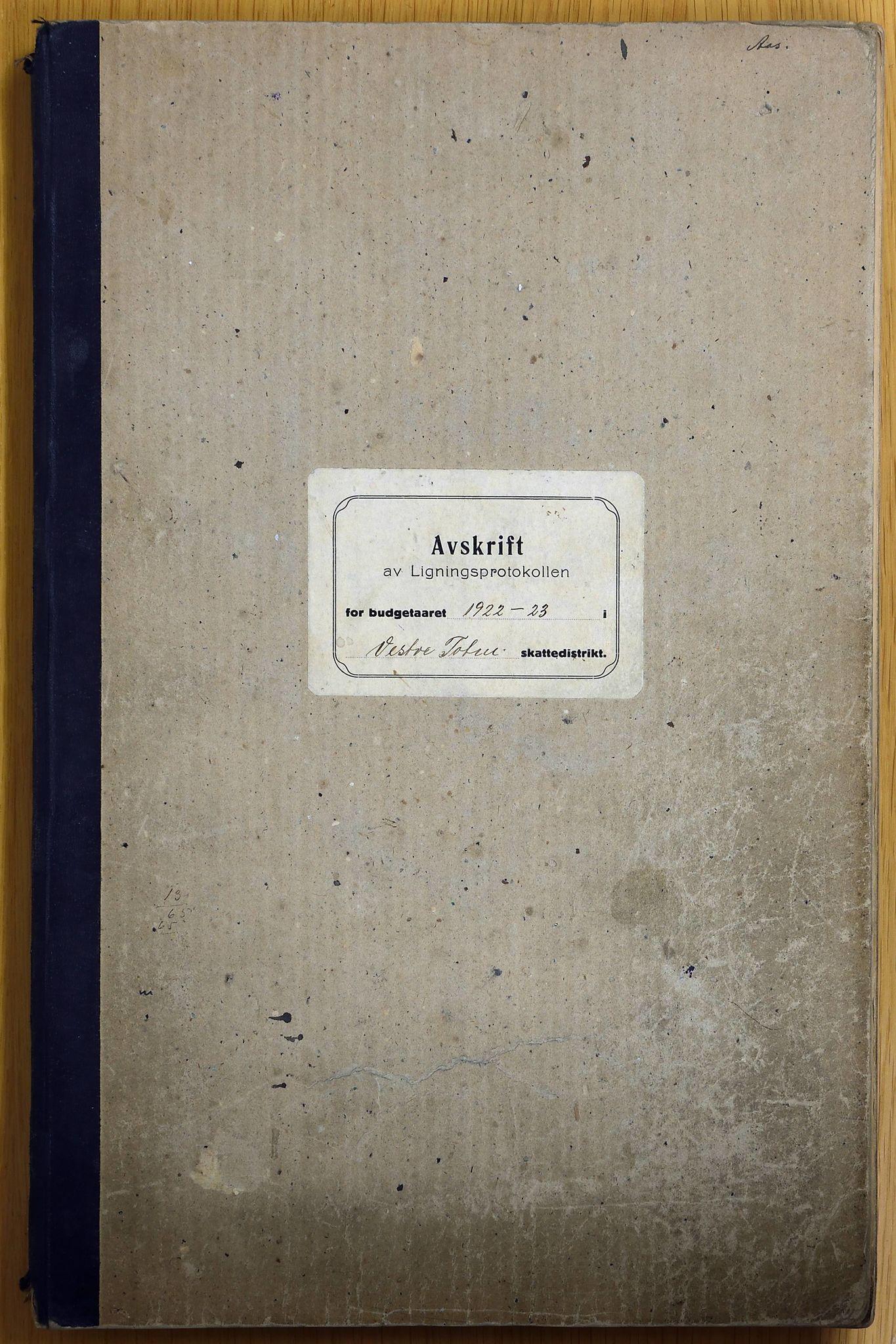 KVT, Vestre Toten kommunearkiv: Vestre Toten kommune, Avskrift av ligningsprotokollen for budsjettåret 1922-1923 i Vestre Toten skattedistrikt, 1922-1923