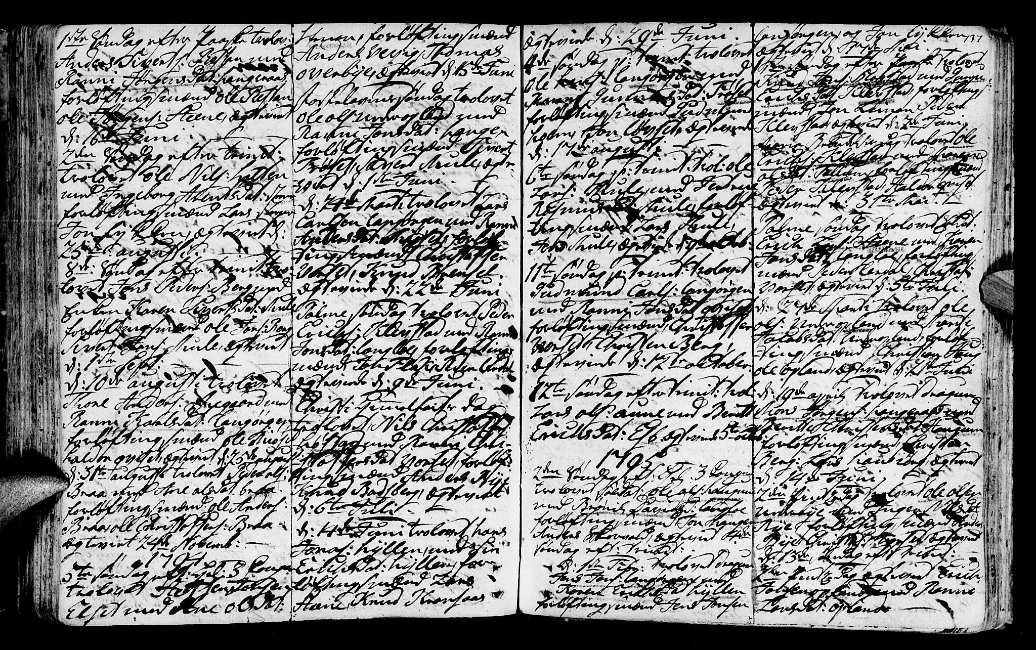 SAT, Ministerialprotokoller, klokkerbøker og fødselsregistre - Sør-Trøndelag, 612/L0370: Ministerialbok nr. 612A04, 1754-1802, s. 137