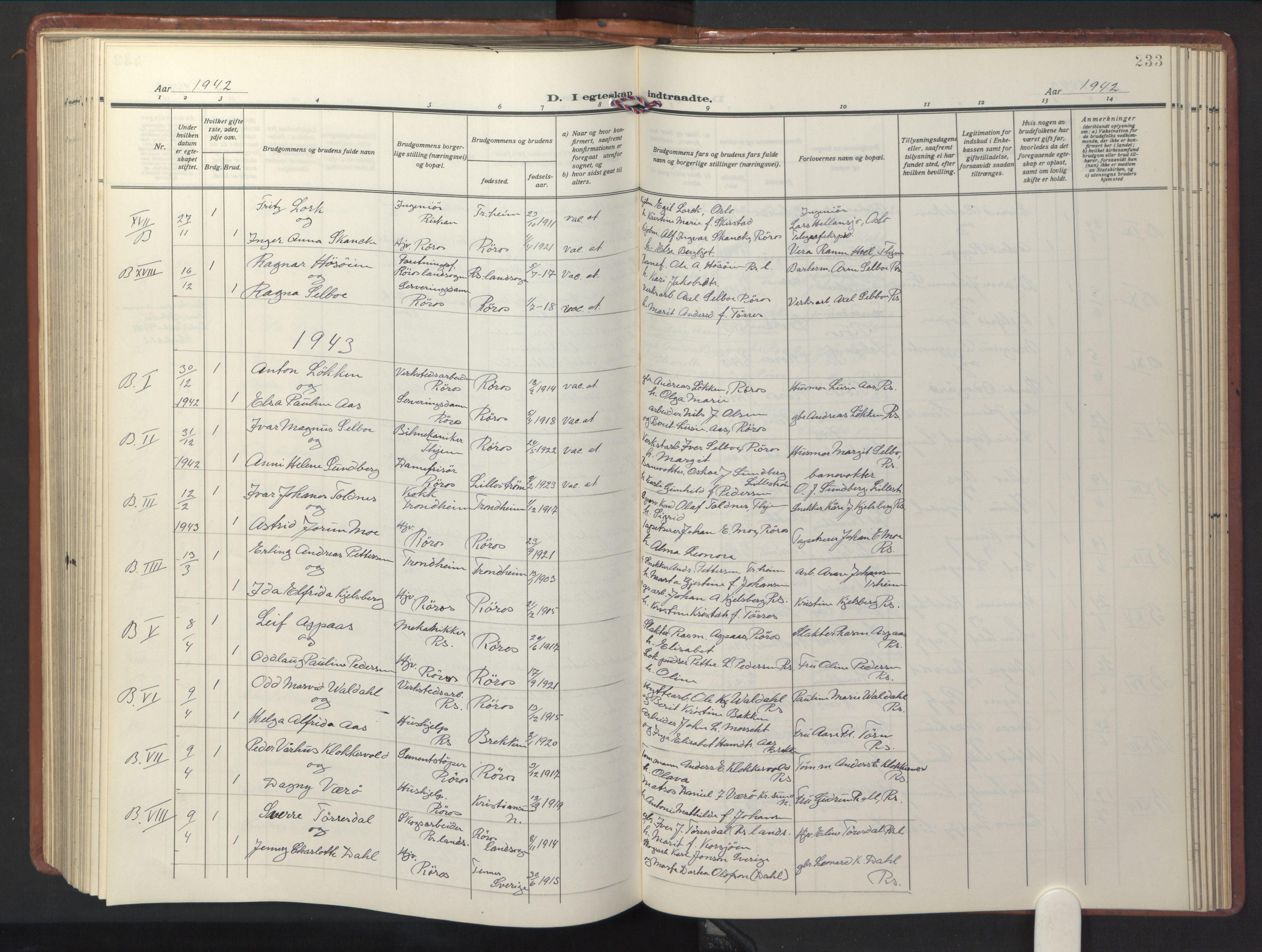 SAT, Ministerialprotokoller, klokkerbøker og fødselsregistre - Sør-Trøndelag, 681/L0943: Klokkerbok nr. 681C07, 1926-1954, s. 233