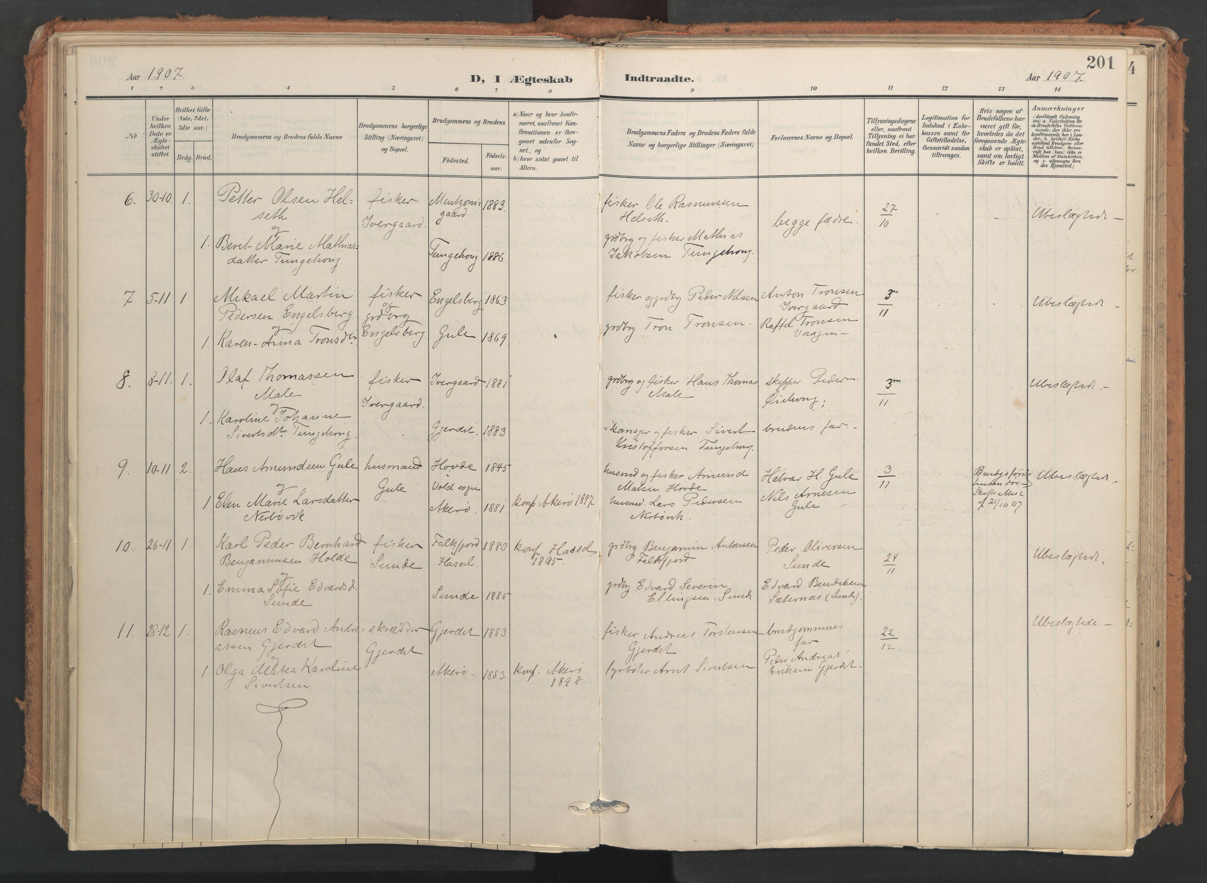 SAT, Ministerialprotokoller, klokkerbøker og fødselsregistre - Møre og Romsdal, 566/L0771: Ministerialbok nr. 566A10, 1904-1929, s. 201