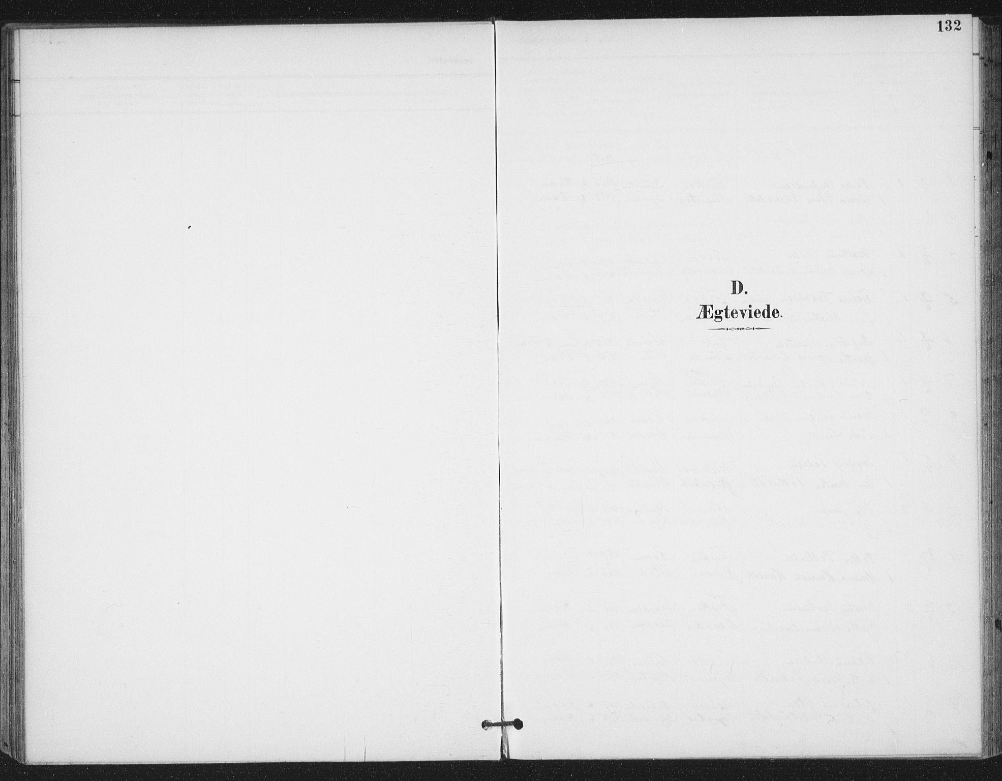 SAT, Ministerialprotokoller, klokkerbøker og fødselsregistre - Sør-Trøndelag, 657/L0708: Ministerialbok nr. 657A09, 1894-1904, s. 132