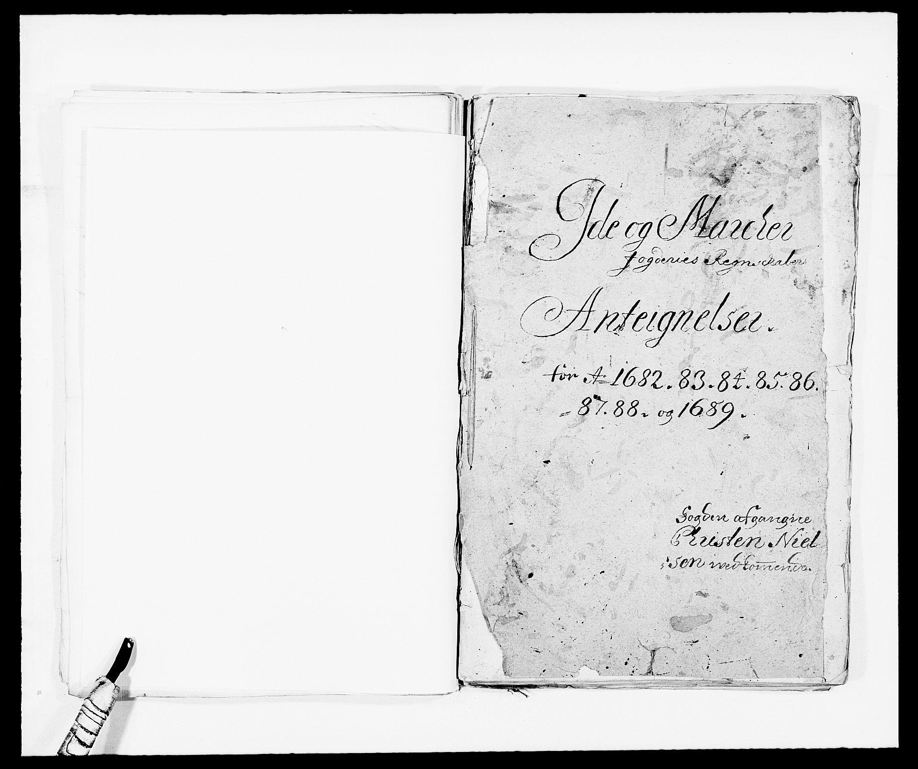 RA, Rentekammeret inntil 1814, Reviderte regnskaper, Fogderegnskap, R01/L0009: Fogderegnskap Idd og Marker, 1689, s. 216
