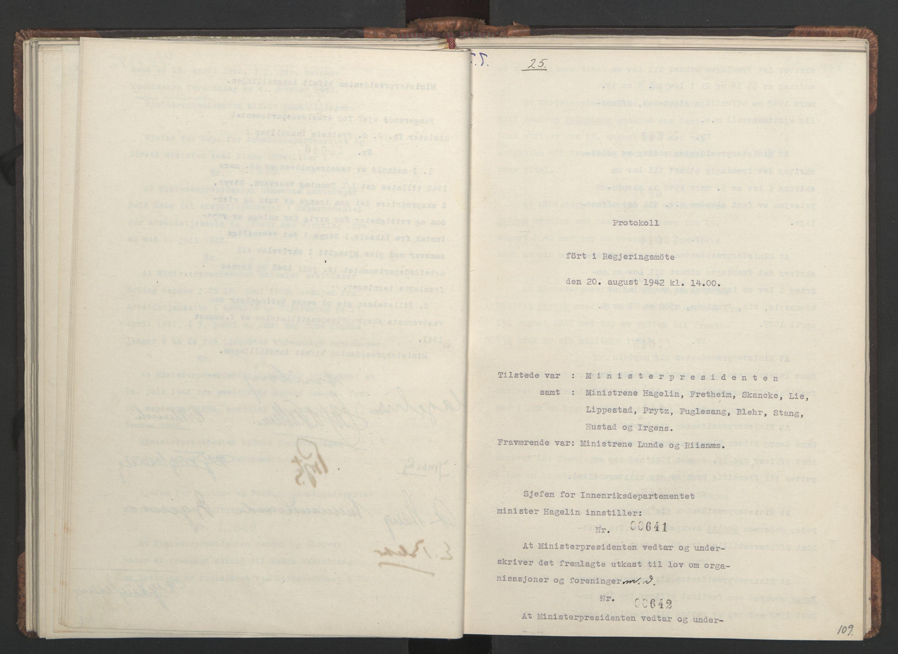 RA, NS-administrasjonen 1940-1945 (Statsrådsekretariatet, de kommisariske statsråder mm), D/Da/L0001: Beslutninger og tillegg (1-952 og 1-32), 1942, s. 108b-109a