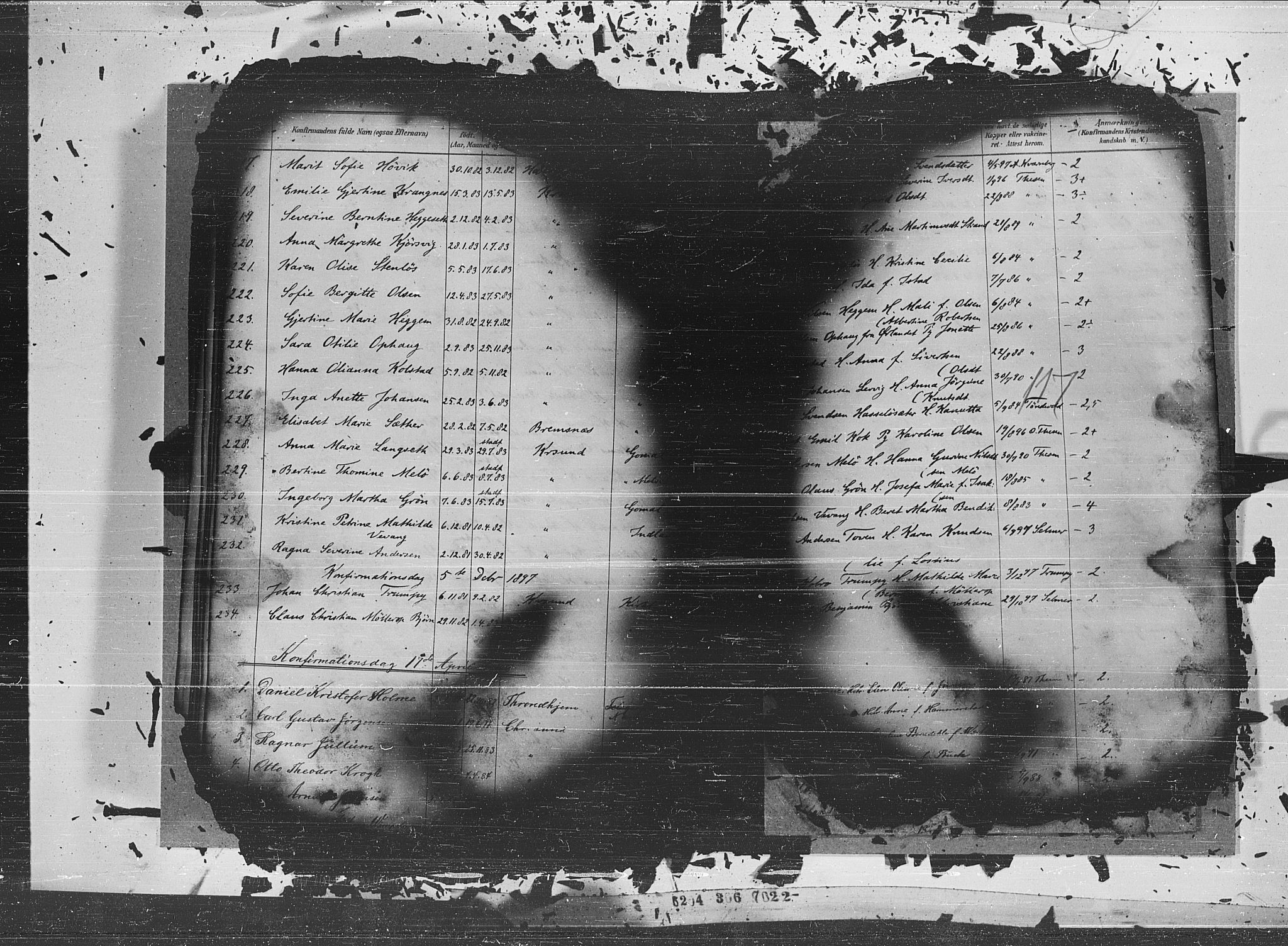 SAT, Ministerialprotokoller, klokkerbøker og fødselsregistre - Møre og Romsdal, 572/L0852: Ministerialbok nr. 572A15, 1880-1900, s. 117
