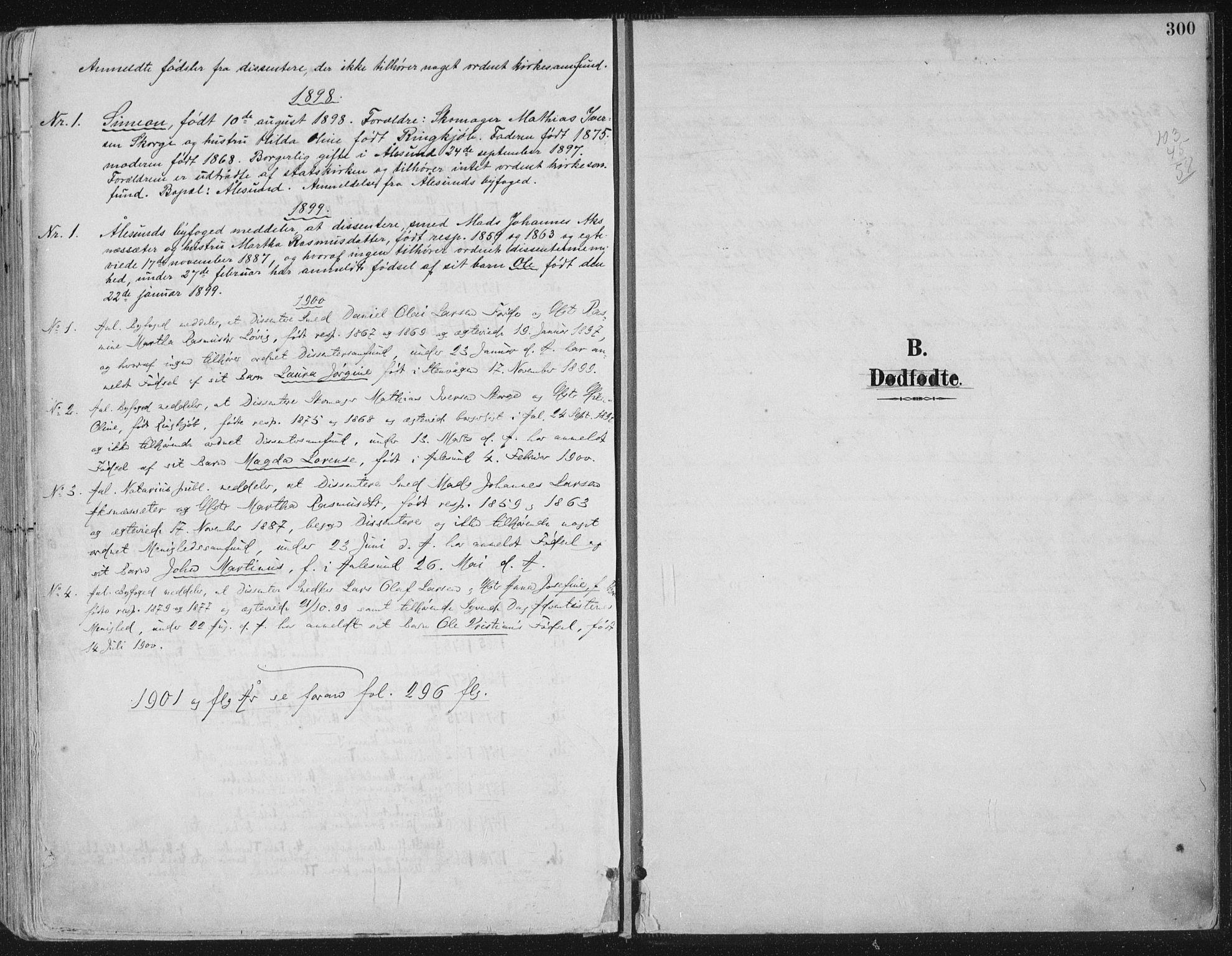 SAT, Ministerialprotokoller, klokkerbøker og fødselsregistre - Møre og Romsdal, 529/L0456: Ministerialbok nr. 529A06, 1894-1906, s. 300