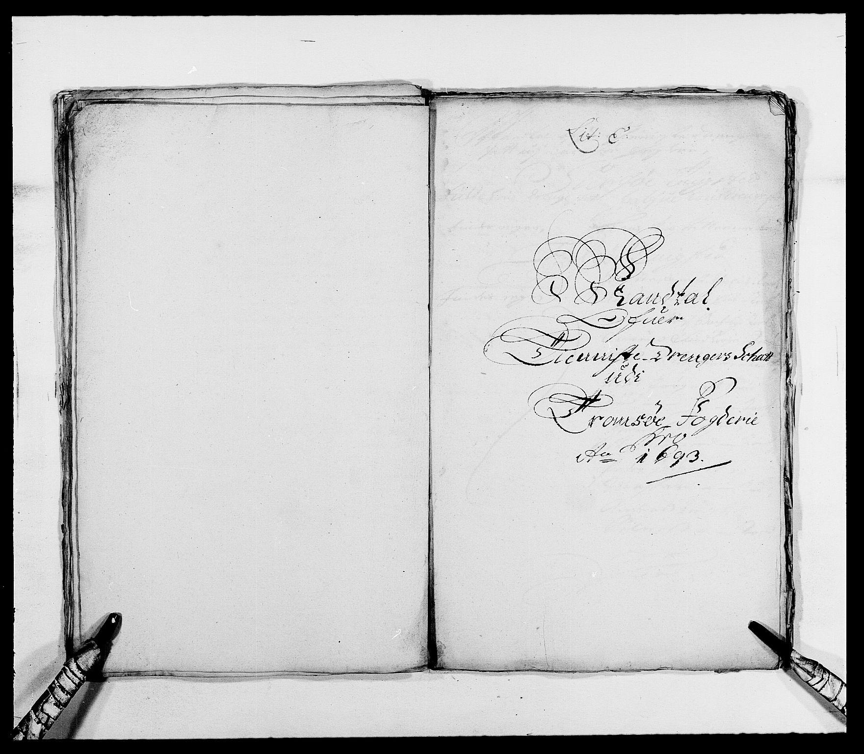 RA, Rentekammeret inntil 1814, Reviderte regnskaper, Fogderegnskap, R68/L4751: Fogderegnskap Senja og Troms, 1690-1693, s. 315