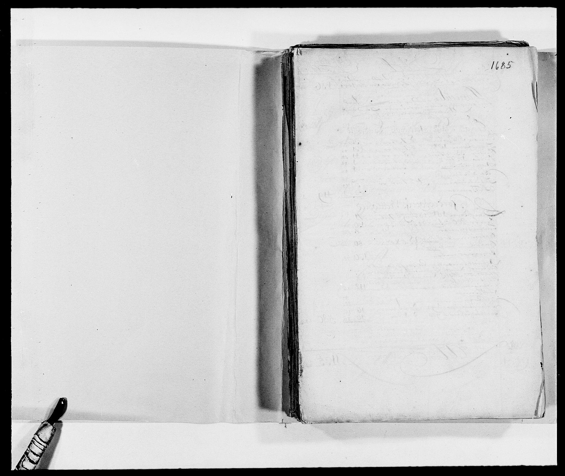 RA, Rentekammeret inntil 1814, Reviderte regnskaper, Fogderegnskap, R01/L0006: Fogderegnskap Idd og Marker, 1685-1686, s. 2