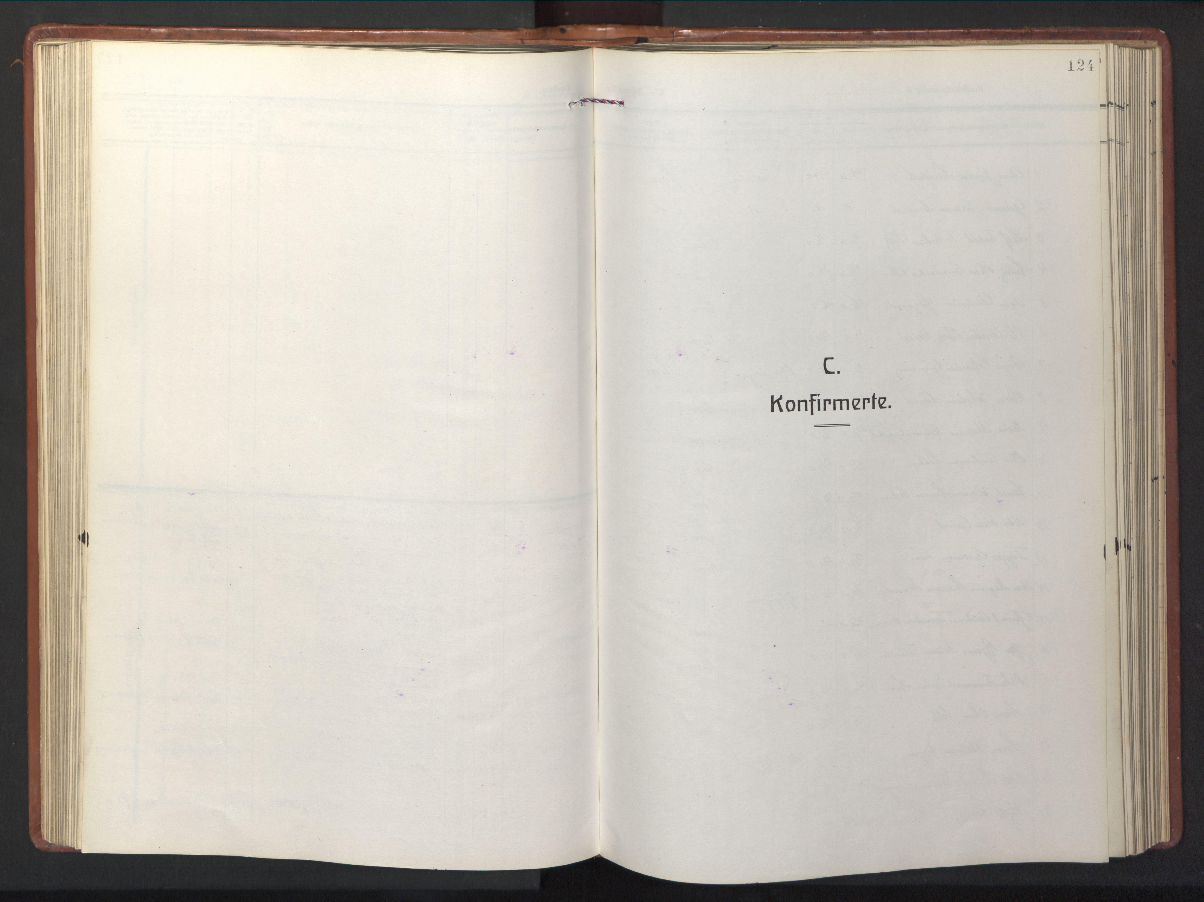 SAT, Ministerialprotokoller, klokkerbøker og fødselsregistre - Sør-Trøndelag, 681/L0943: Klokkerbok nr. 681C07, 1926-1954, s. 124