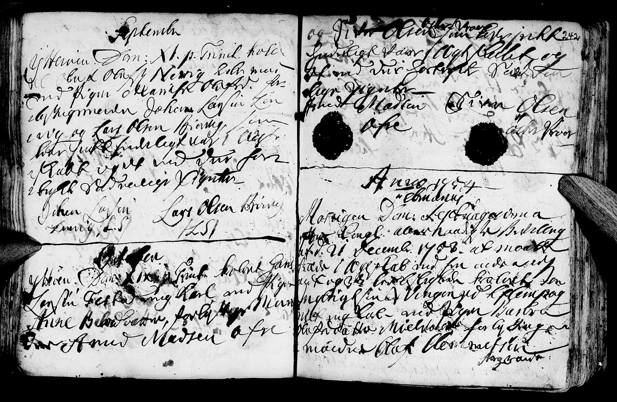 SAT, Ministerialprotokoller, klokkerbøker og fødselsregistre - Nord-Trøndelag, 722/L0215: Ministerialbok nr. 722A02, 1718-1755, s. 242