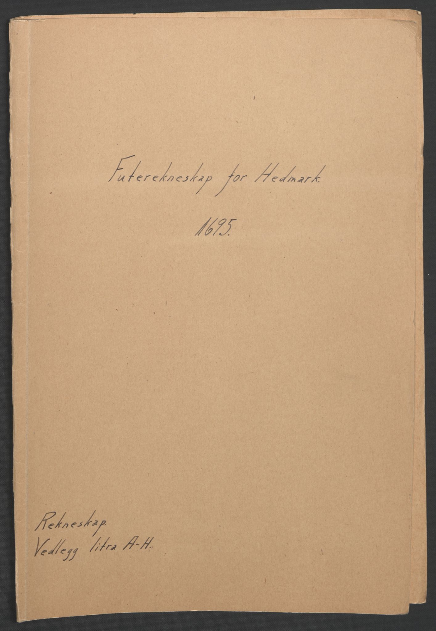 RA, Rentekammeret inntil 1814, Reviderte regnskaper, Fogderegnskap, R16/L1036: Fogderegnskap Hedmark, 1695-1696, s. 2