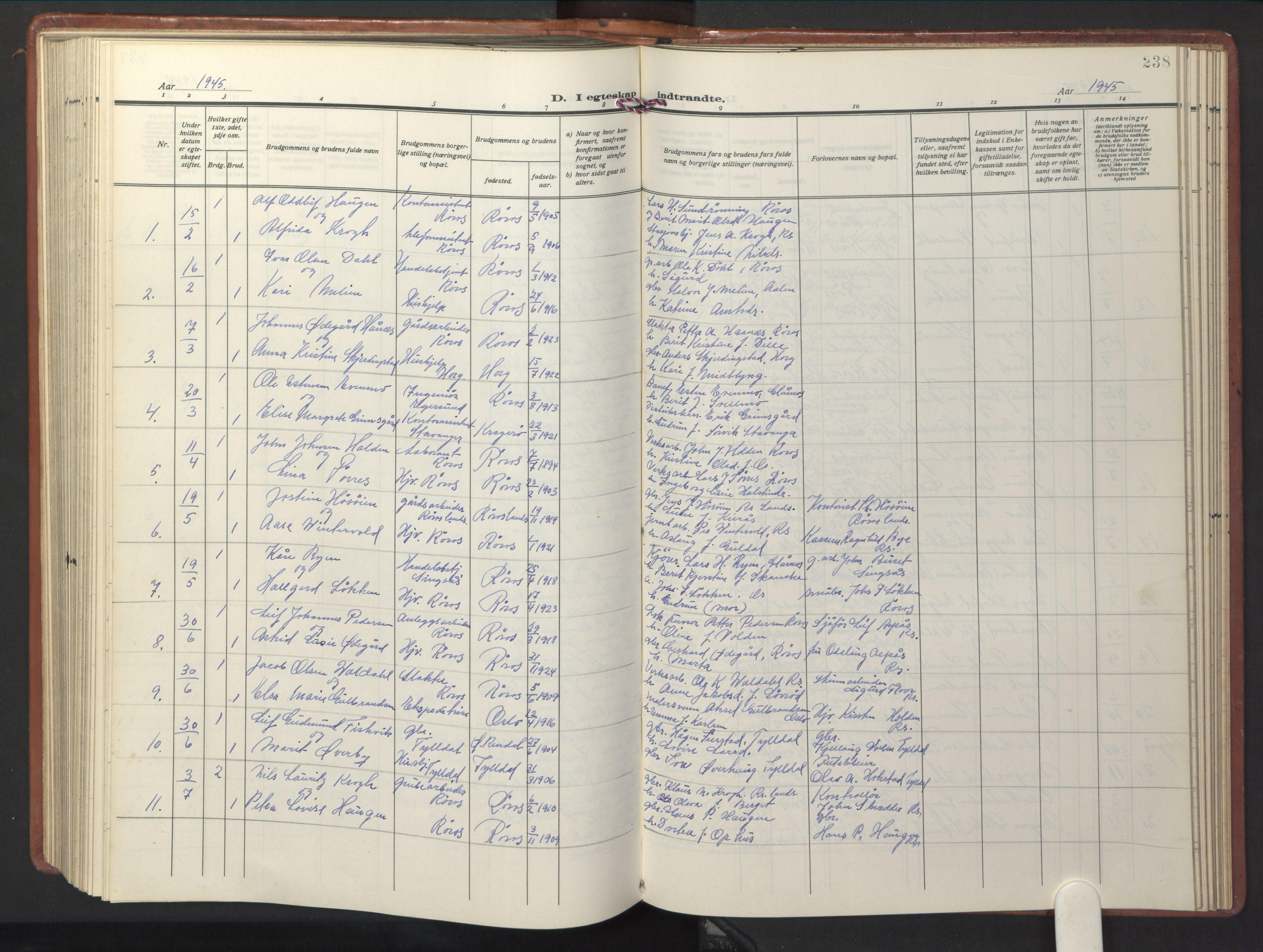 SAT, Ministerialprotokoller, klokkerbøker og fødselsregistre - Sør-Trøndelag, 681/L0943: Klokkerbok nr. 681C07, 1926-1954, s. 238