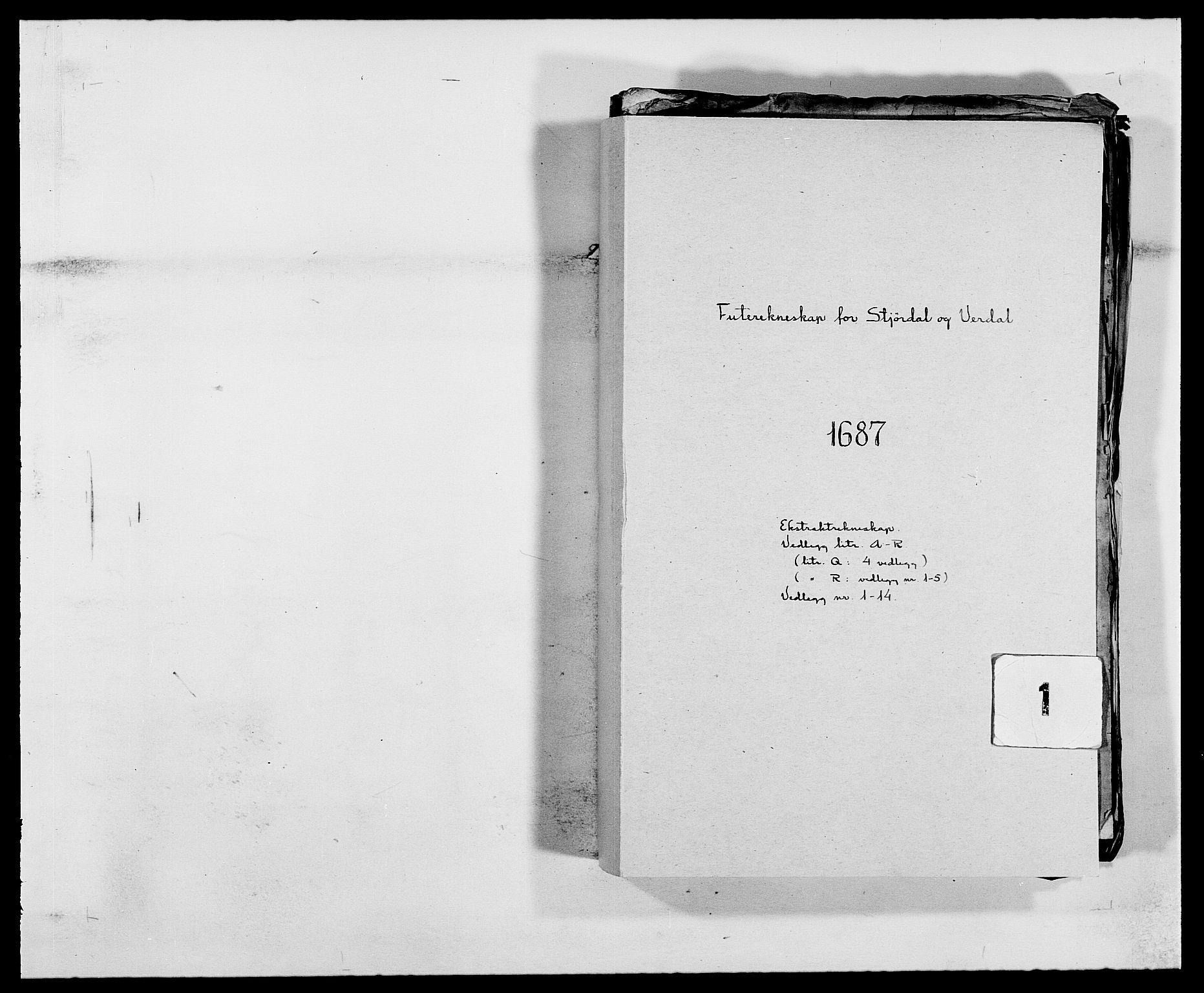 RA, Rentekammeret inntil 1814, Reviderte regnskaper, Fogderegnskap, R62/L4183: Fogderegnskap Stjørdal og Verdal, 1687-1689, s. 1