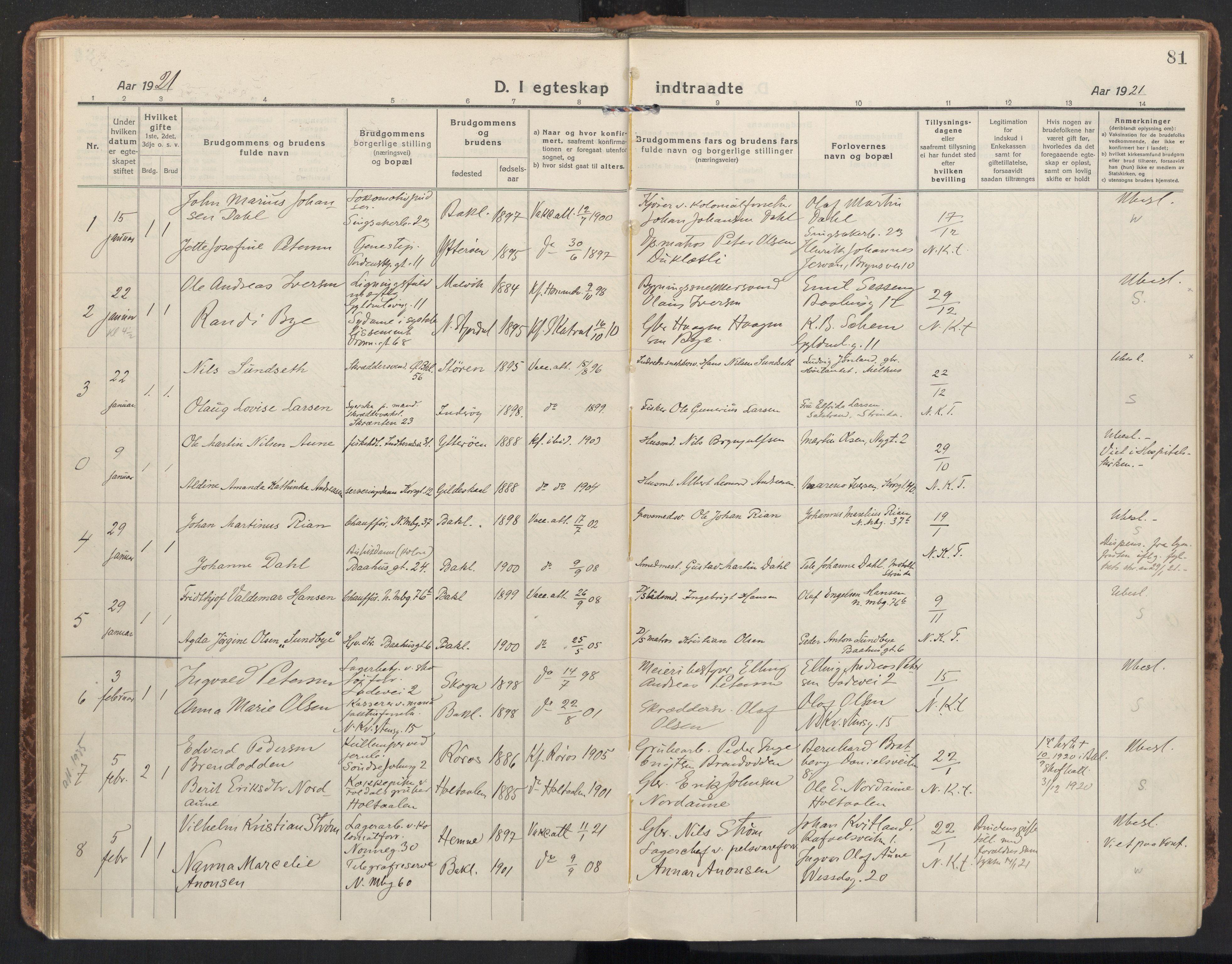 SAT, Ministerialprotokoller, klokkerbøker og fødselsregistre - Sør-Trøndelag, 604/L0206: Ministerialbok nr. 604A26, 1917-1931, s. 81