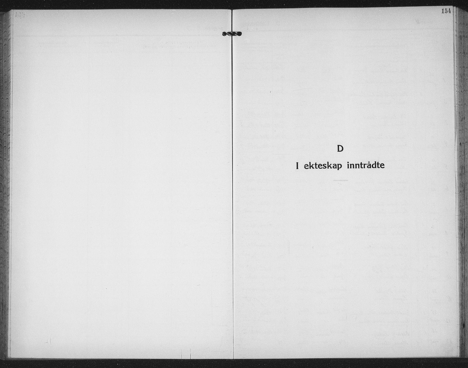 SAT, Ministerialprotokoller, klokkerbøker og fødselsregistre - Møre og Romsdal, 558/L0704: Klokkerbok nr. 558C05, 1921-1942, s. 154