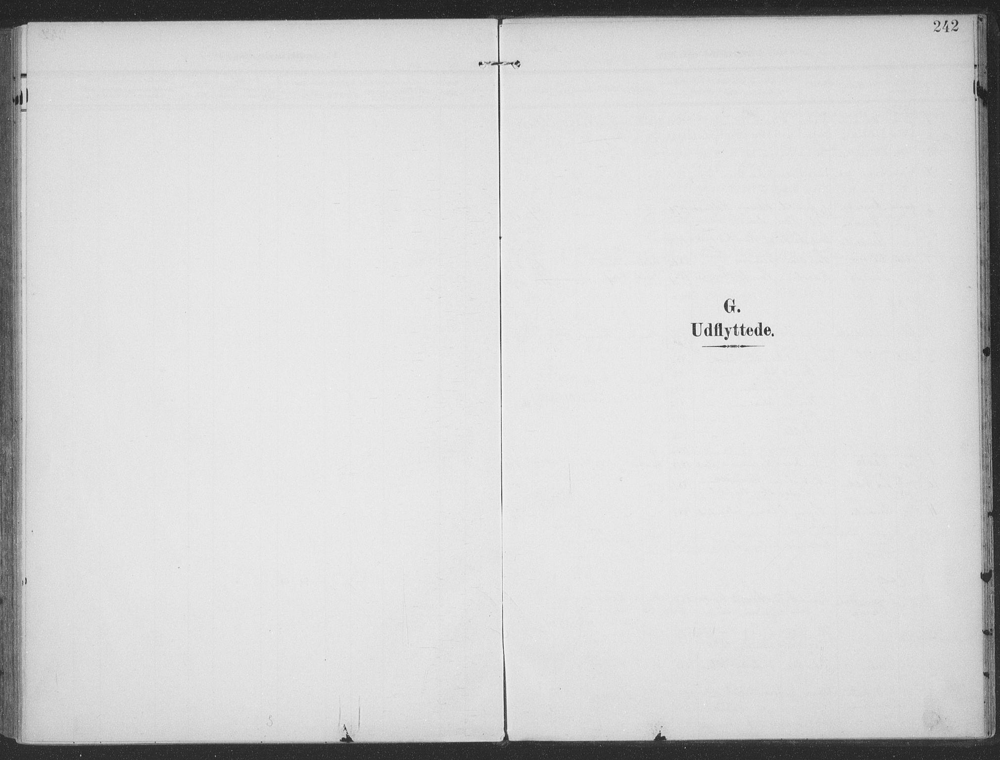 SAT, Ministerialprotokoller, klokkerbøker og fødselsregistre - Møre og Romsdal, 513/L0178: Ministerialbok nr. 513A05, 1906-1919, s. 242