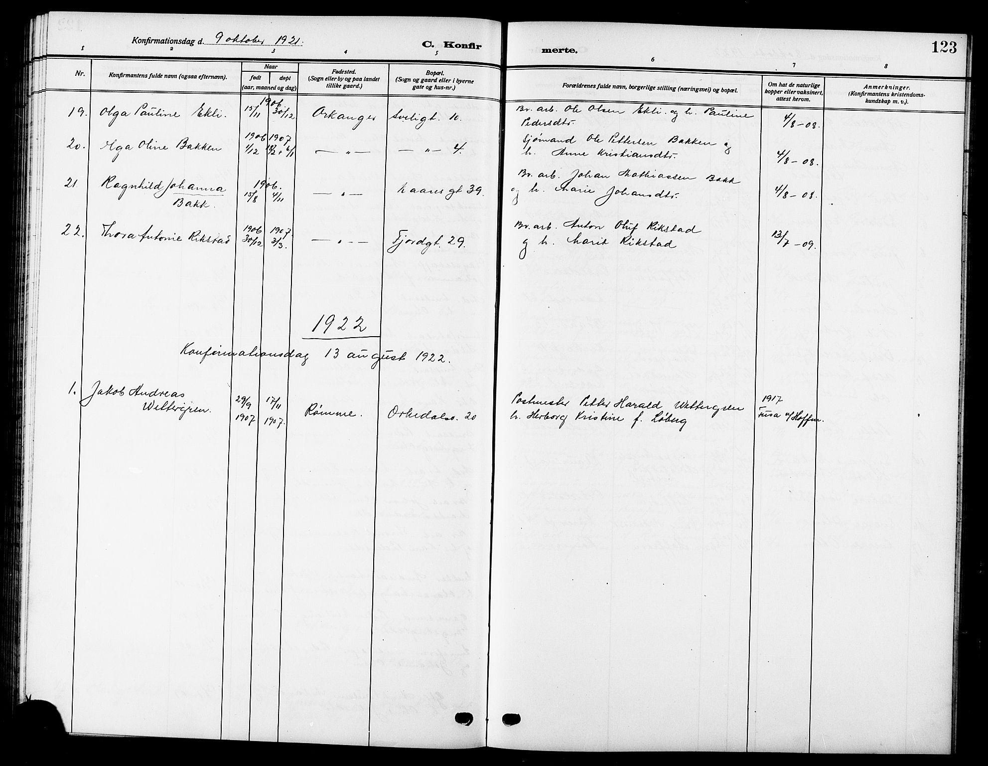 SAT, Ministerialprotokoller, klokkerbøker og fødselsregistre - Sør-Trøndelag, 669/L0831: Klokkerbok nr. 669C01, 1909-1924, s. 123