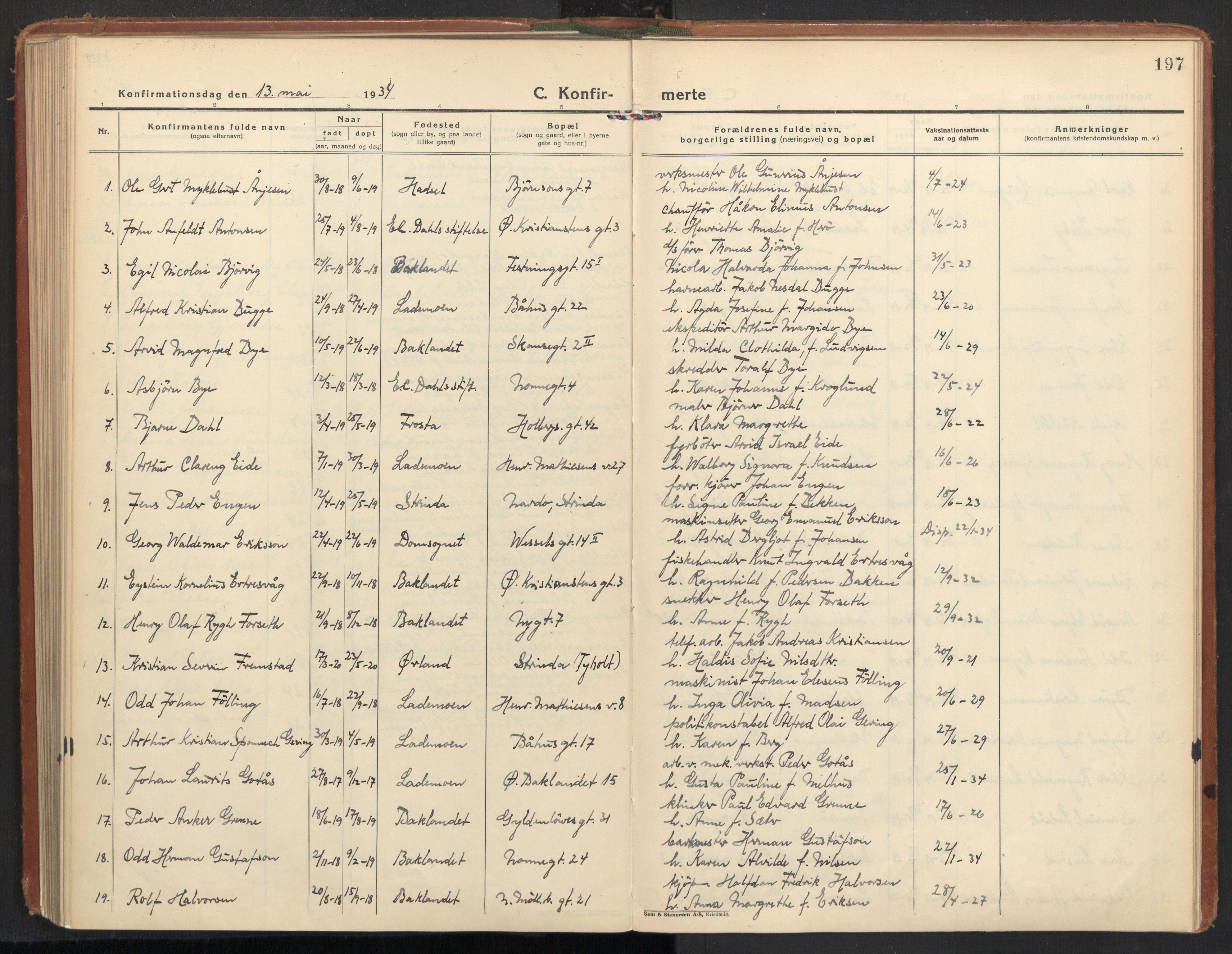 SAT, Ministerialprotokoller, klokkerbøker og fødselsregistre - Sør-Trøndelag, 604/L0208: Ministerialbok nr. 604A28, 1923-1937, s. 197