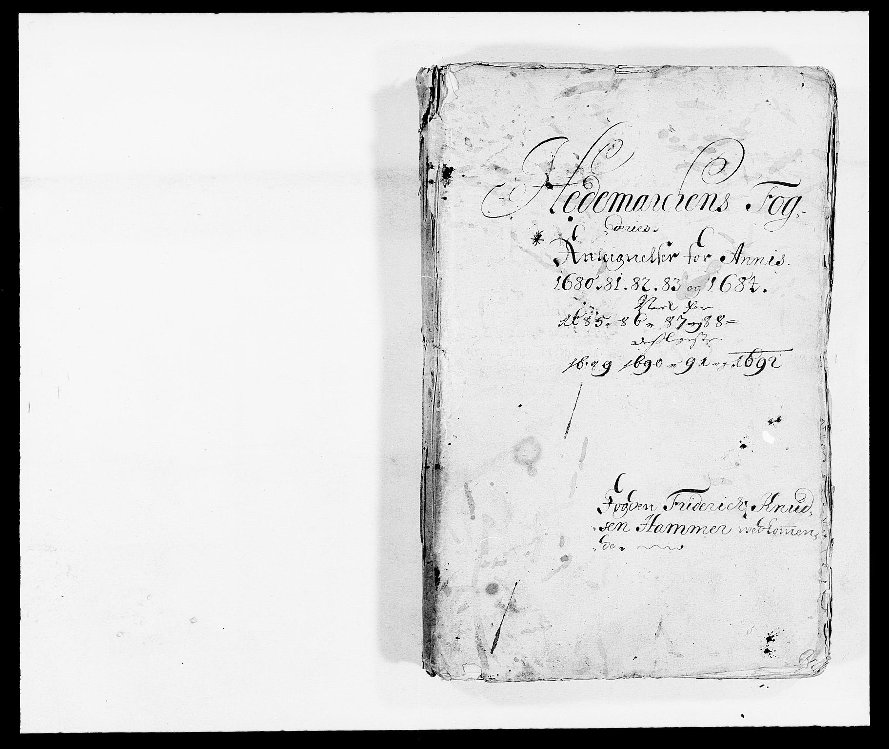 RA, Rentekammeret inntil 1814, Reviderte regnskaper, Fogderegnskap, R16/L1033: Fogderegnskap Hedmark, 1692, s. 2
