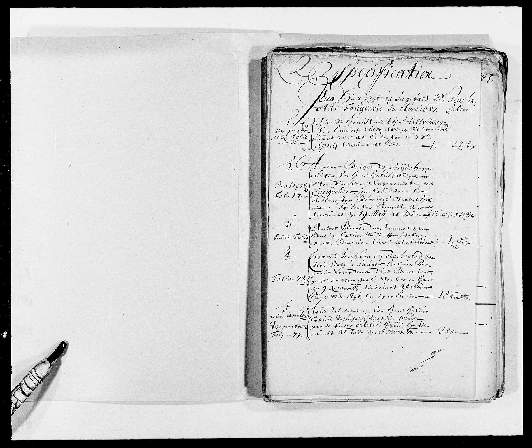 RA, Rentekammeret inntil 1814, Reviderte regnskaper, Fogderegnskap, R05/L0276: Fogderegnskap Rakkestad, 1683-1688, s. 2