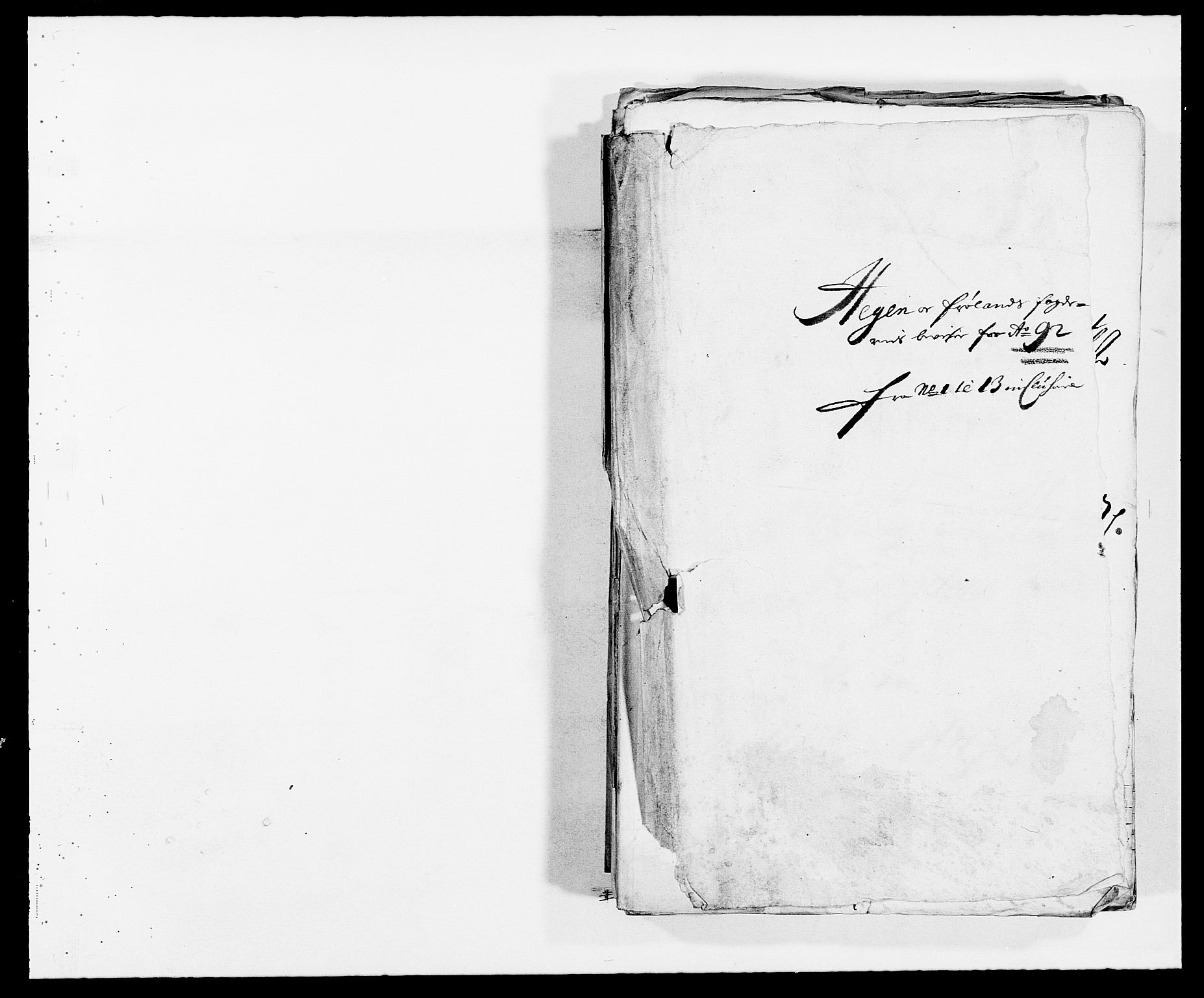 RA, Rentekammeret inntil 1814, Reviderte regnskaper, Fogderegnskap, R06/L0283: Fogderegnskap Heggen og Frøland, 1691-1693, s. 126