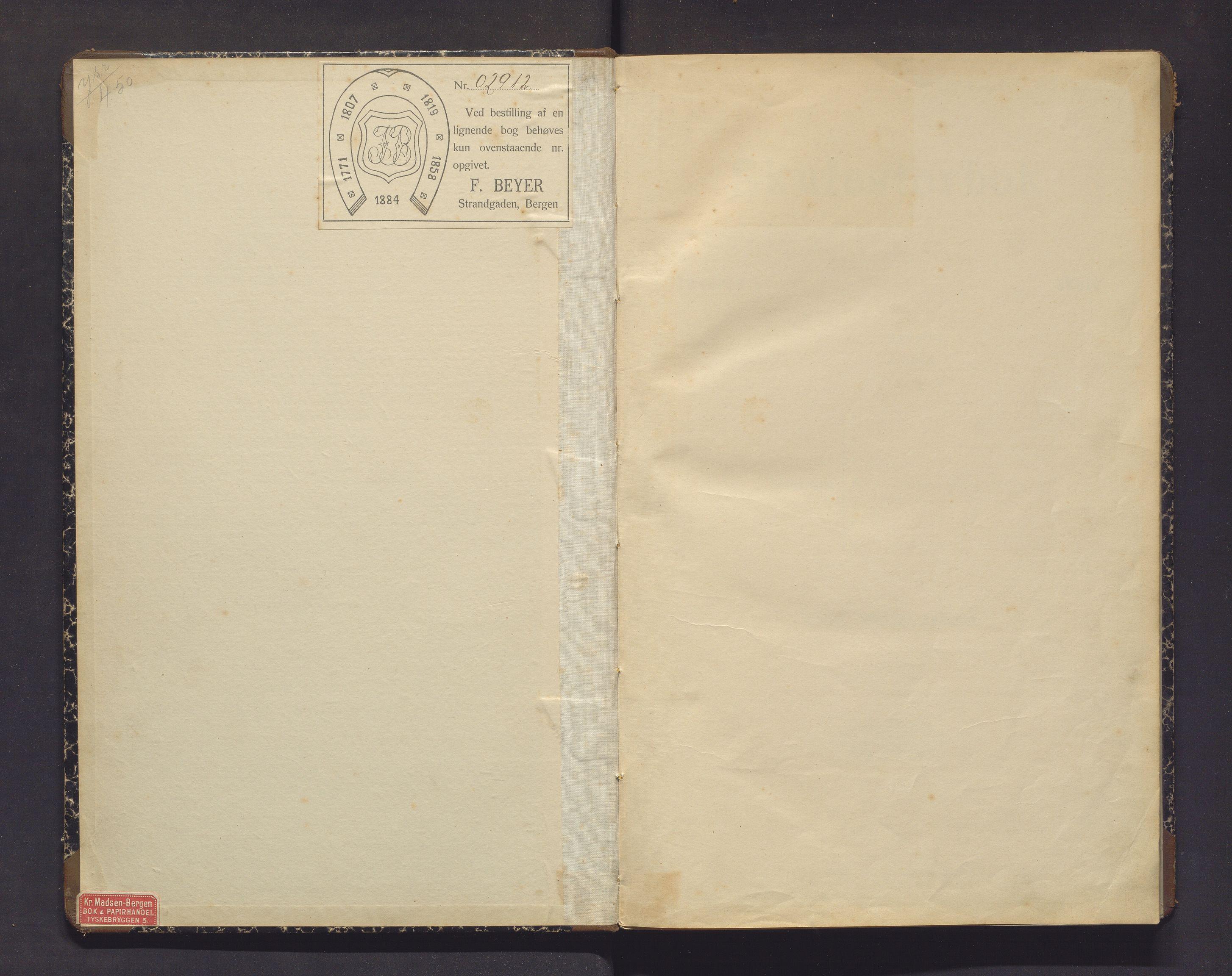 IKAH, Lindås kommune. Barneskulane, F/Fa/L0032: Skuleprotokoll for Møksvold, Bergfjord og Fæste krinsar, 1917-1920