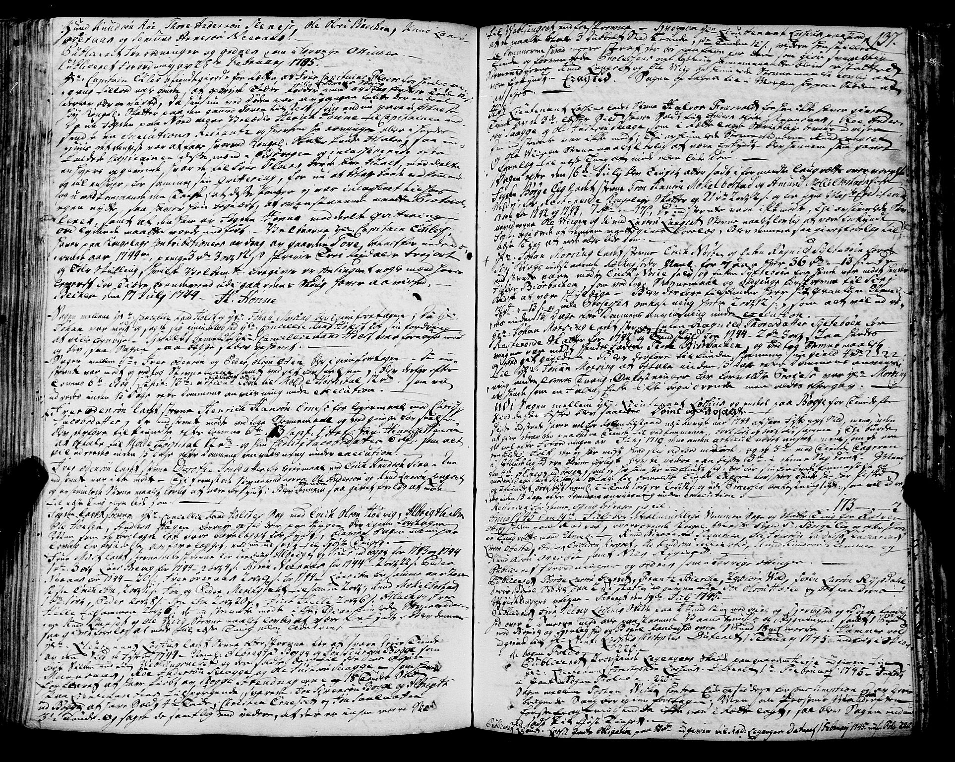SAT, Romsdal sorenskriveri, 1/1A/L0012: Tingbok, 1740-1749, s. 136b-137a