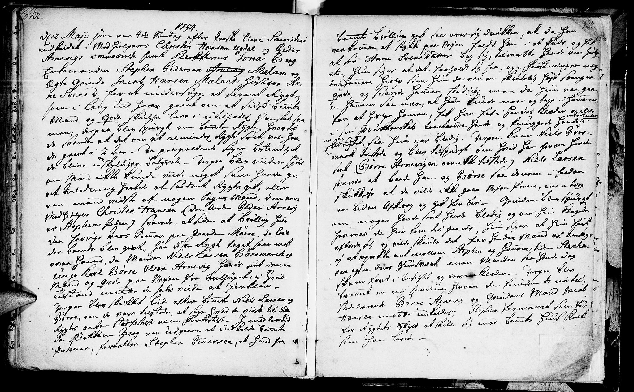 SAT, Ministerialprotokoller, klokkerbøker og fødselsregistre - Sør-Trøndelag, 655/L0672: Ministerialbok nr. 655A01, 1750-1779, s. 322-323