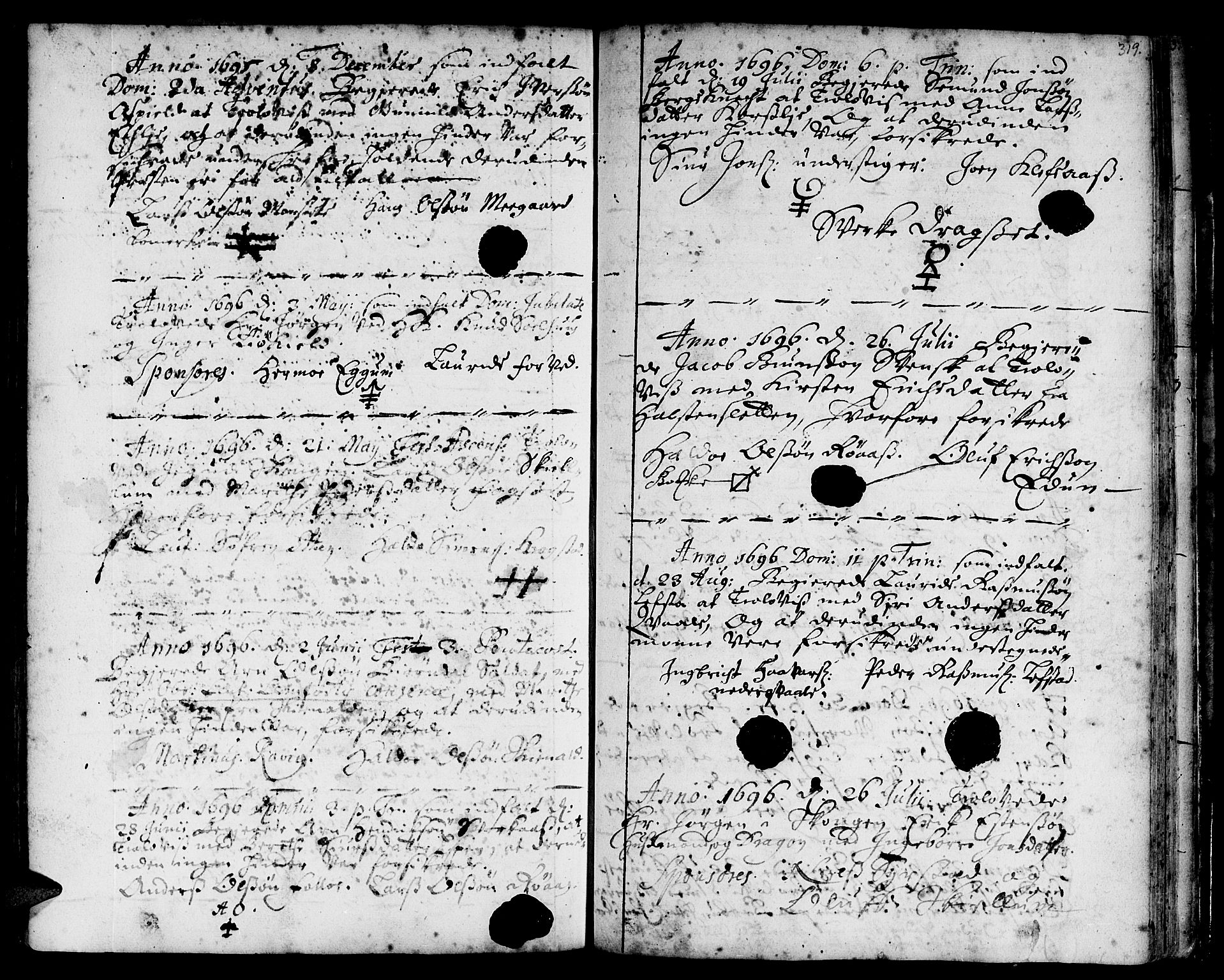 SAT, Ministerialprotokoller, klokkerbøker og fødselsregistre - Sør-Trøndelag, 668/L0801: Ministerialbok nr. 668A01, 1695-1716, s. 318-319