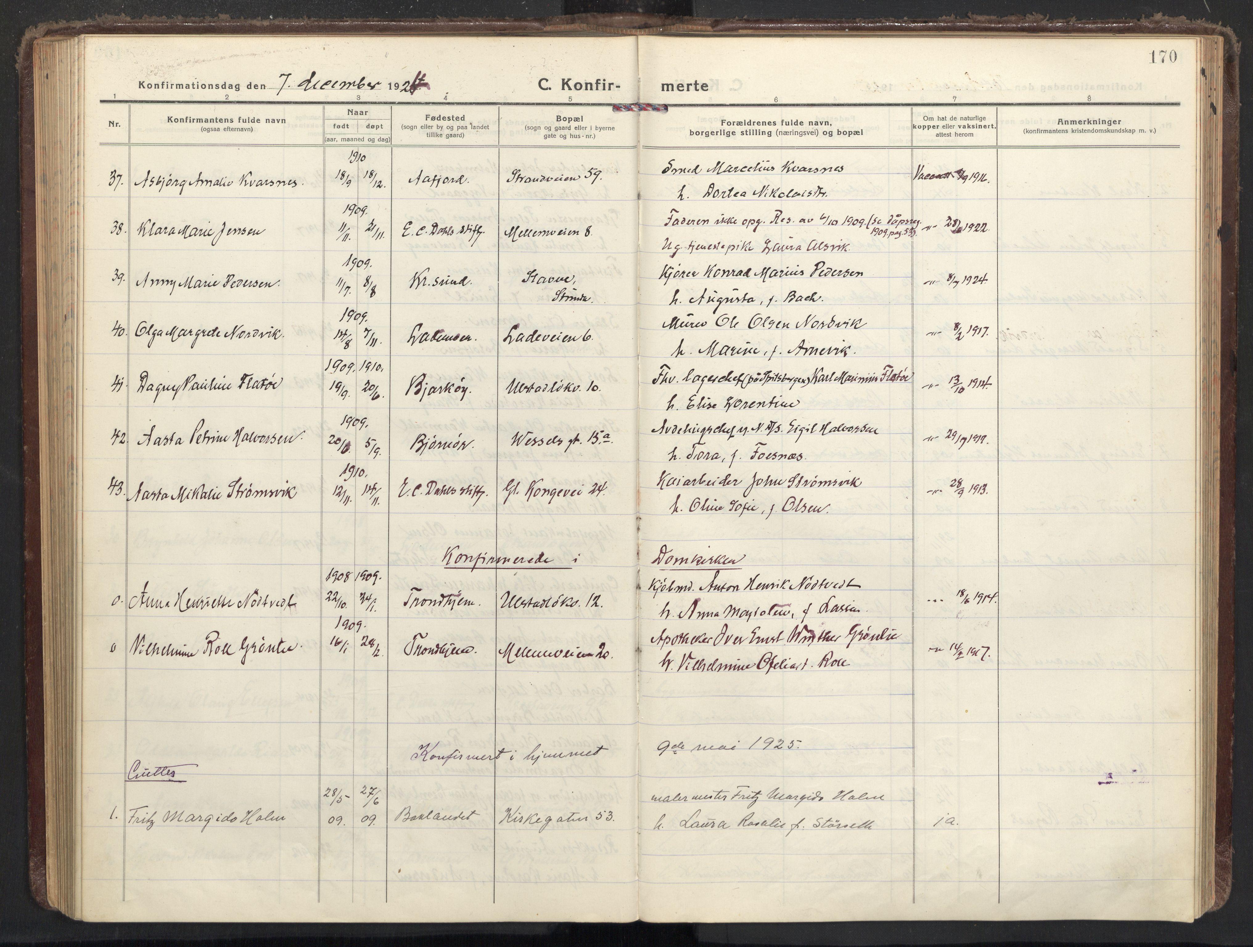 SAT, Ministerialprotokoller, klokkerbøker og fødselsregistre - Sør-Trøndelag, 605/L0247: Ministerialbok nr. 605A09, 1918-1930, s. 170