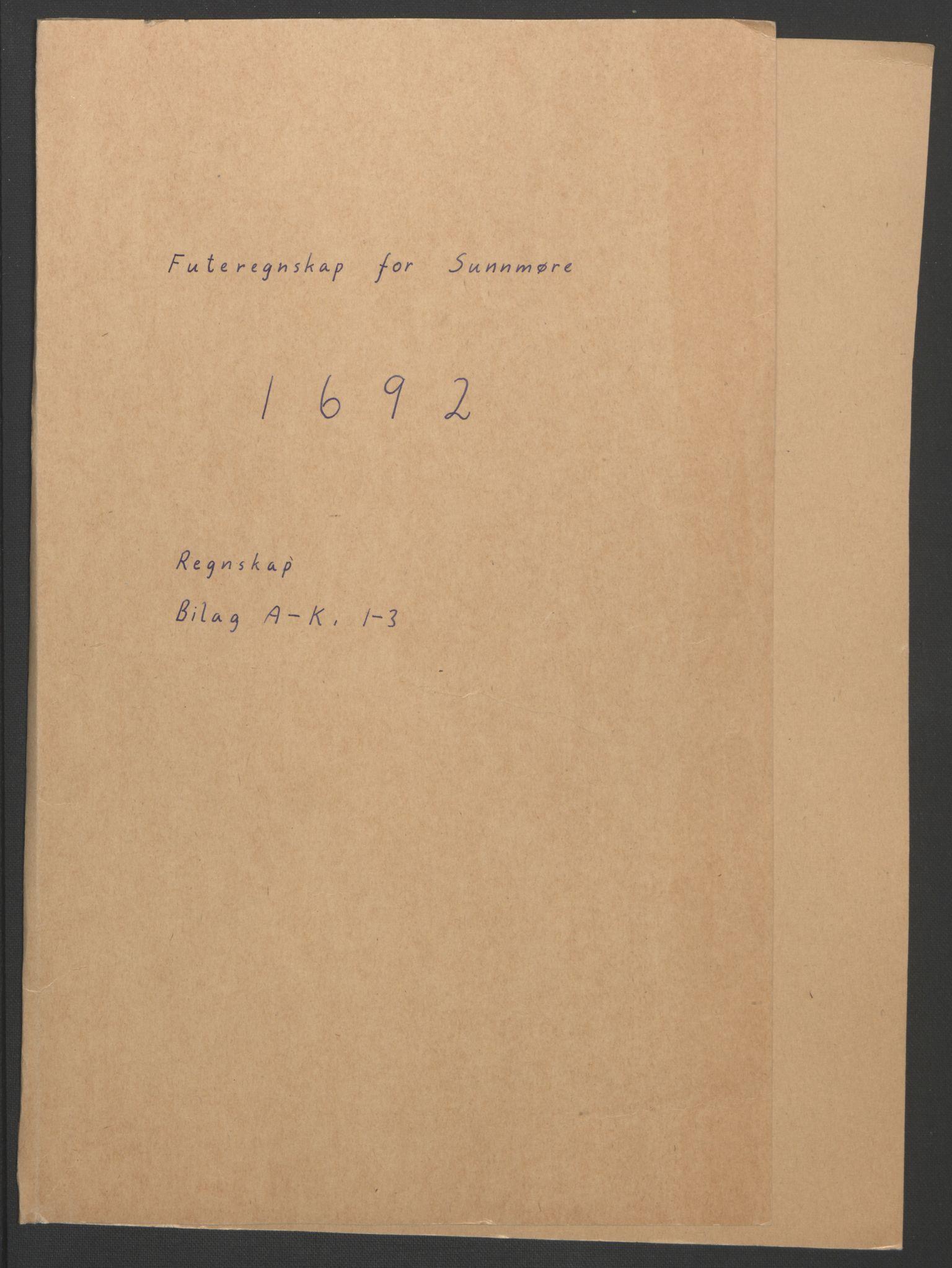 RA, Rentekammeret inntil 1814, Reviderte regnskaper, Fogderegnskap, R54/L3554: Fogderegnskap Sunnmøre, 1691-1693, s. 123