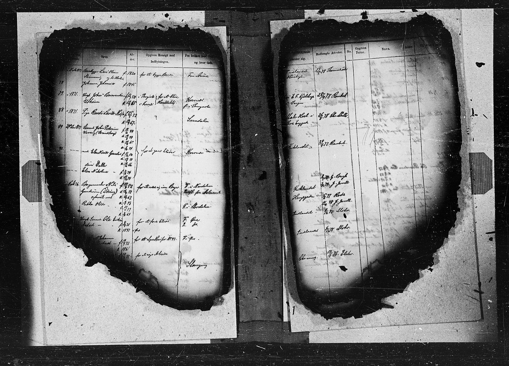 SAT, Ministerialprotokoller, klokkerbøker og fødselsregistre - Møre og Romsdal, 572/L0849: Ministerialbok nr. 572A12, 1877-1879, s. 11