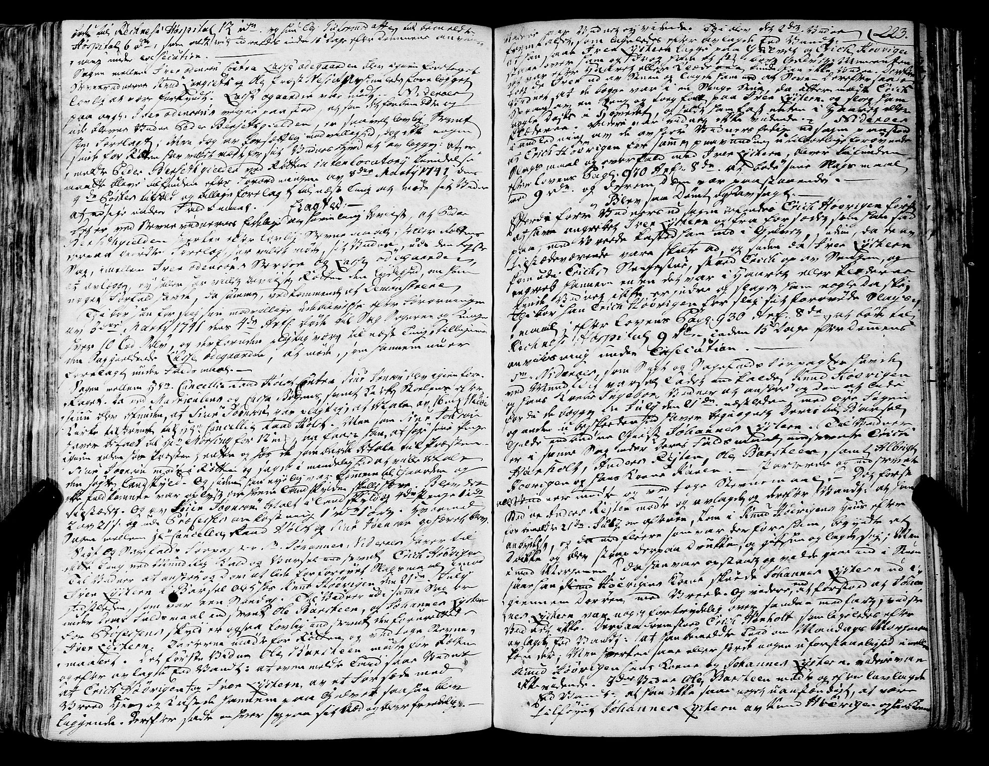 SAT, Romsdal sorenskriveri, 1/1A/L0012: Tingbok, 1740-1749, s. 223b-224a