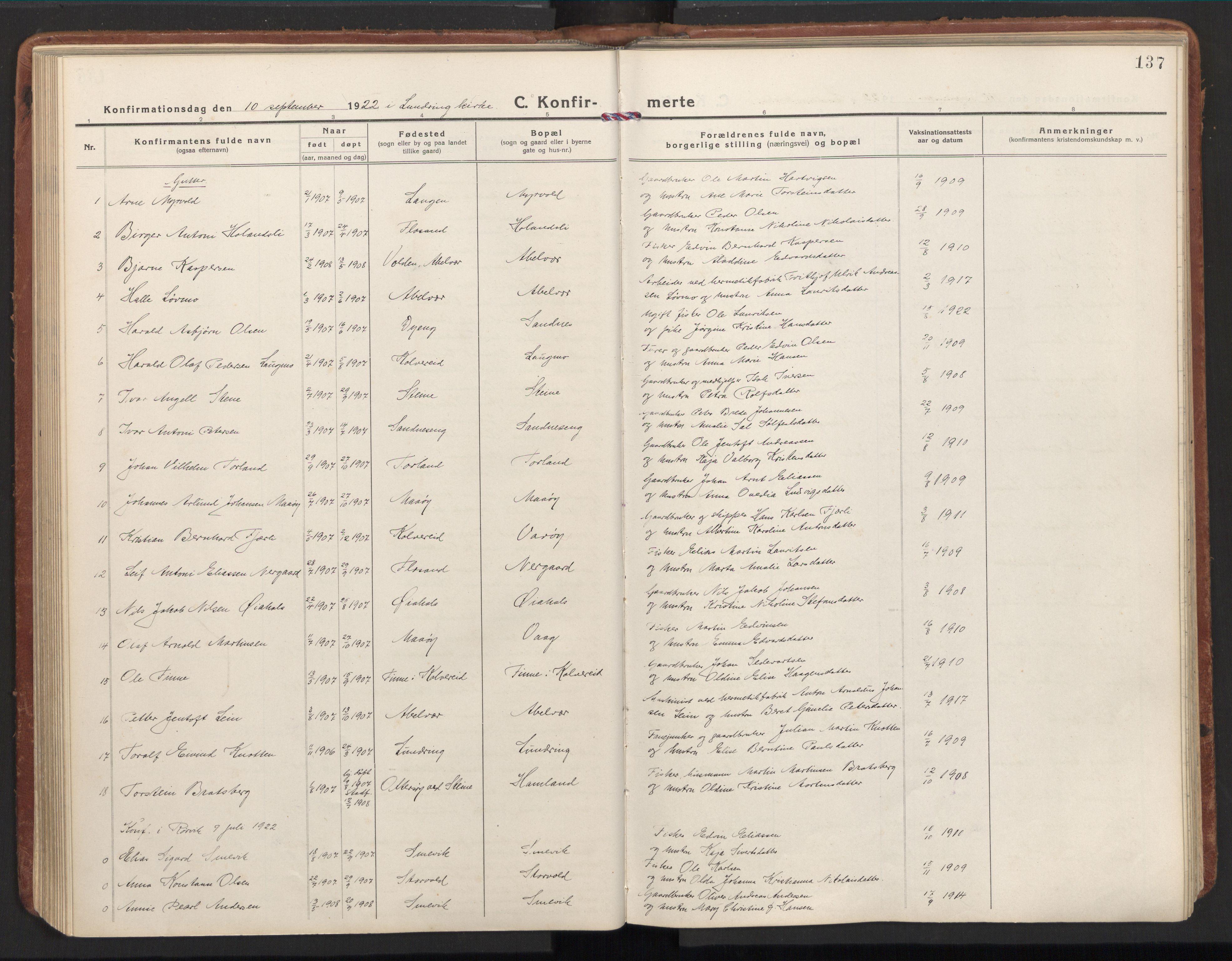 SAT, Ministerialprotokoller, klokkerbøker og fødselsregistre - Nord-Trøndelag, 784/L0678: Ministerialbok nr. 784A13, 1921-1938, s. 137