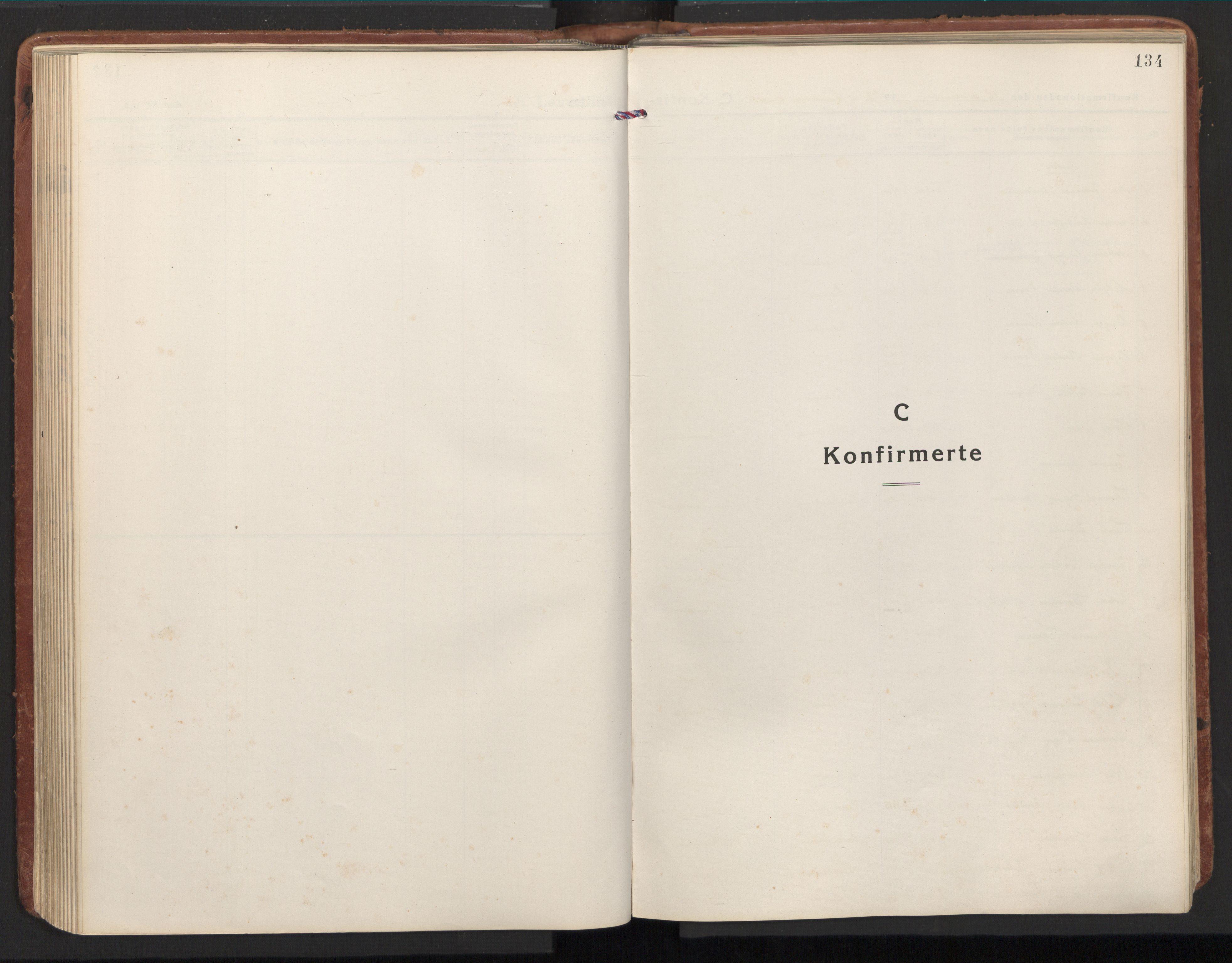 SAT, Ministerialprotokoller, klokkerbøker og fødselsregistre - Nord-Trøndelag, 784/L0678: Ministerialbok nr. 784A13, 1921-1938, s. 134