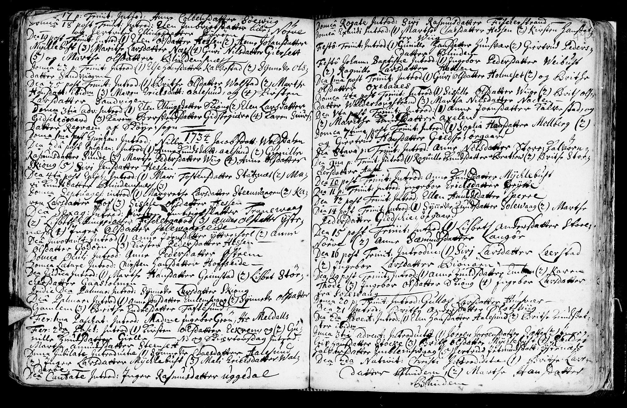 SAT, Ministerialprotokoller, klokkerbøker og fødselsregistre - Møre og Romsdal, 528/L0390: Ministerialbok nr. 528A01, 1698-1739, s. 476-477