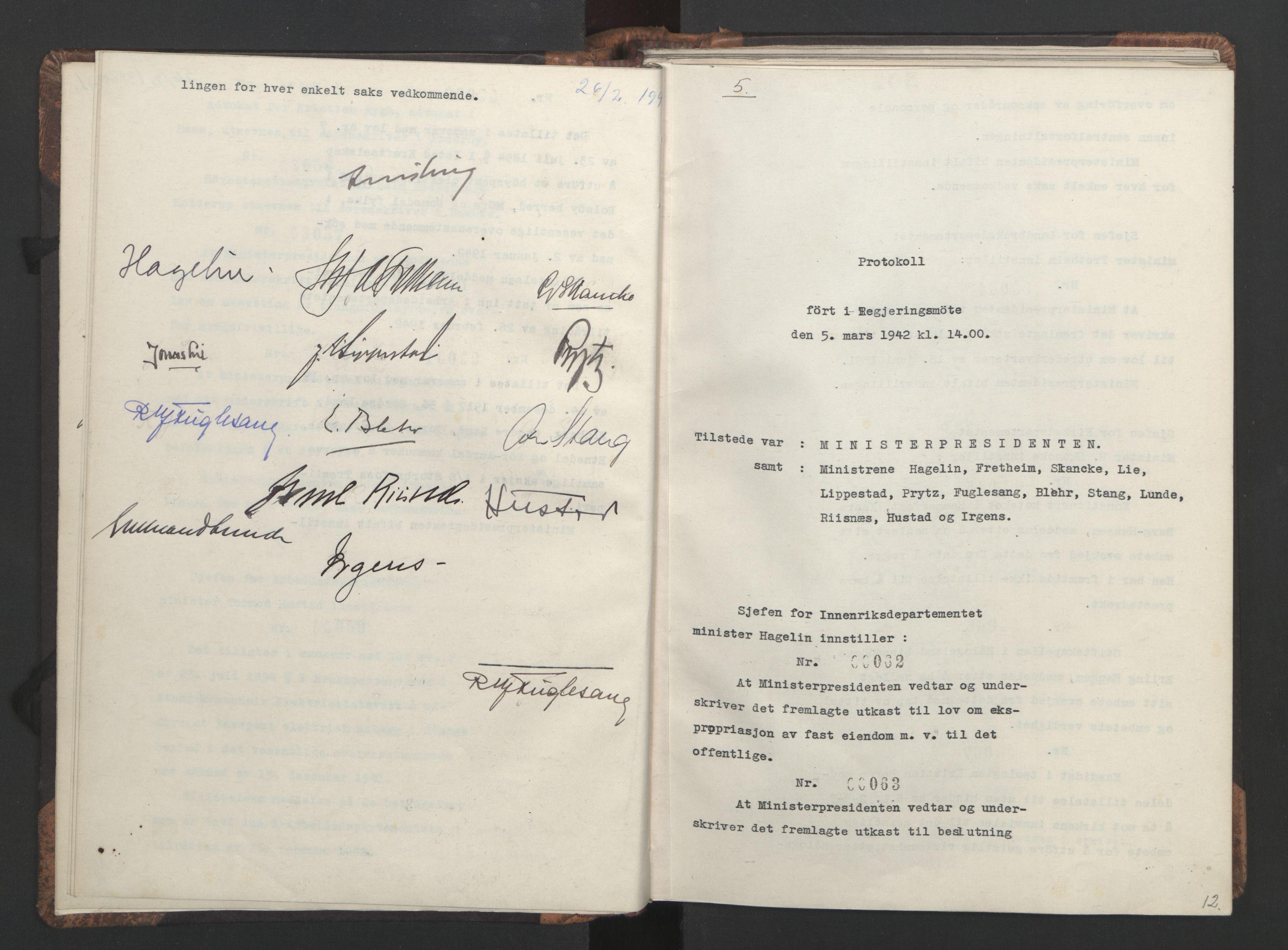 RA, NS-administrasjonen 1940-1945 (Statsrådsekretariatet, de kommisariske statsråder mm), D/Da/L0001: Beslutninger og tillegg (1-952 og 1-32), 1942, s. 11b-12a