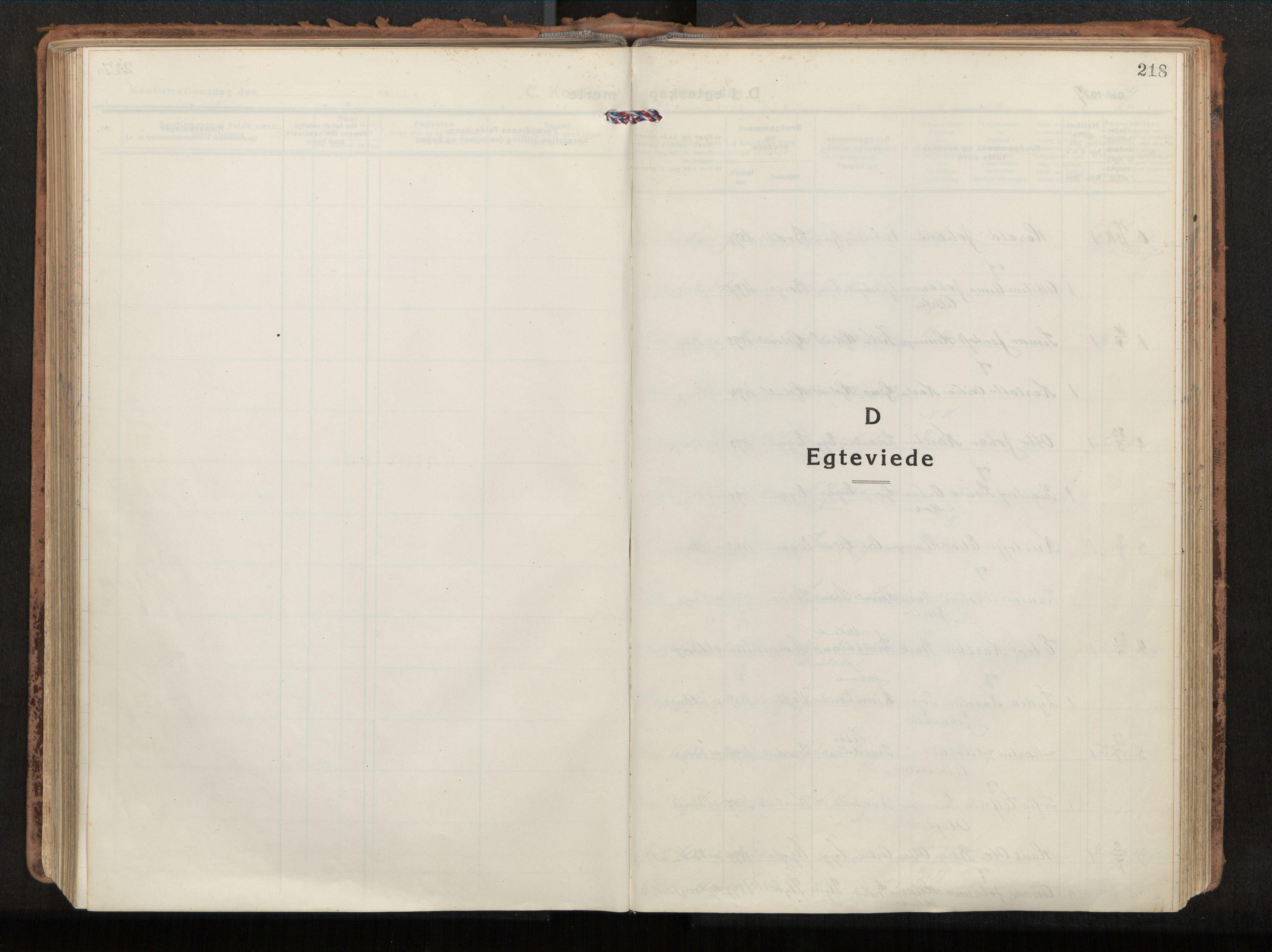 SAT, Ministerialprotokoller, klokkerbøker og fødselsregistre - Nordland, 880/L1136: Ministerialbok nr. 880A10, 1919-1927, s. 218