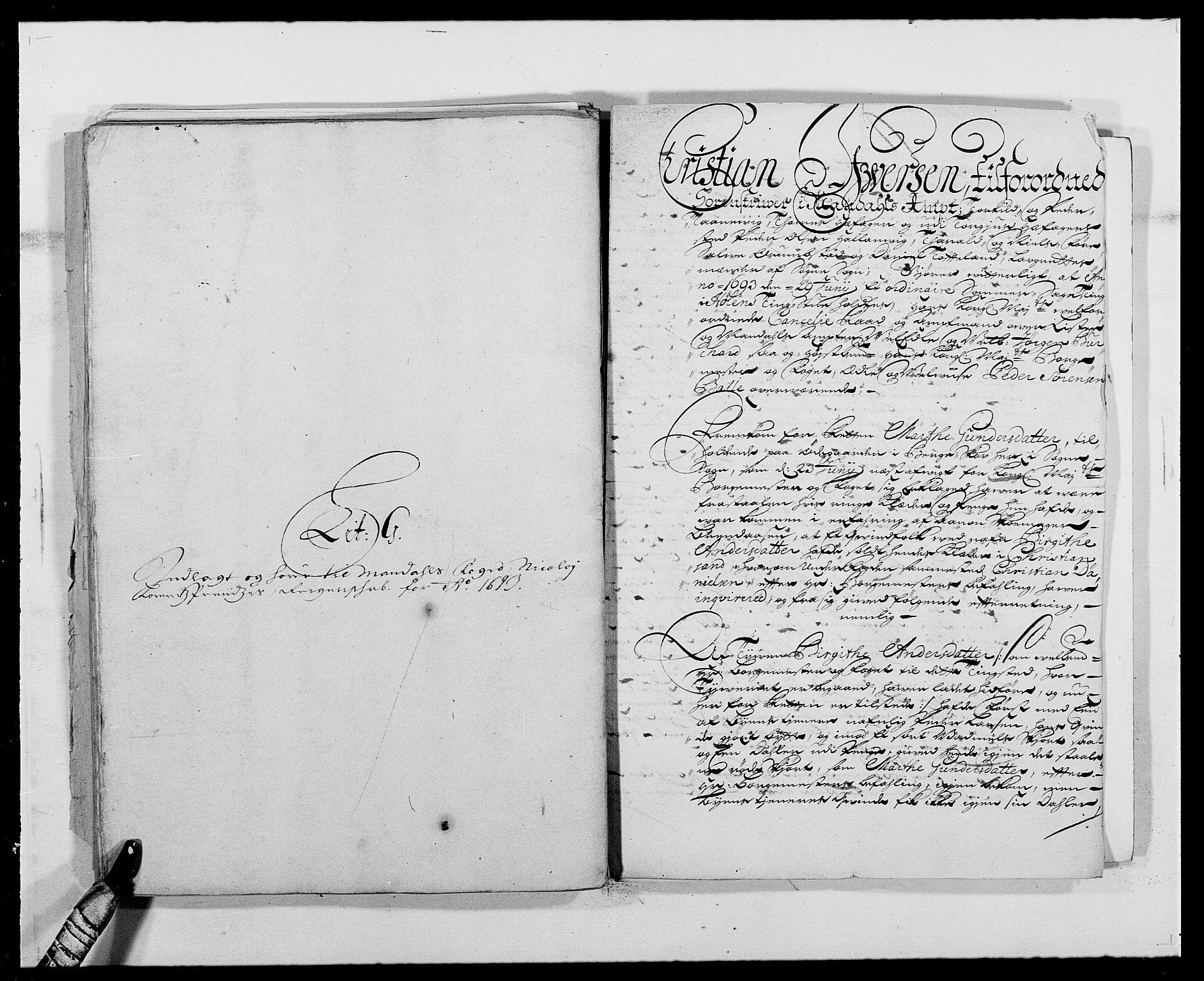 RA, Rentekammeret inntil 1814, Reviderte regnskaper, Fogderegnskap, R42/L2544: Mandal fogderi, 1692-1693, s. 261