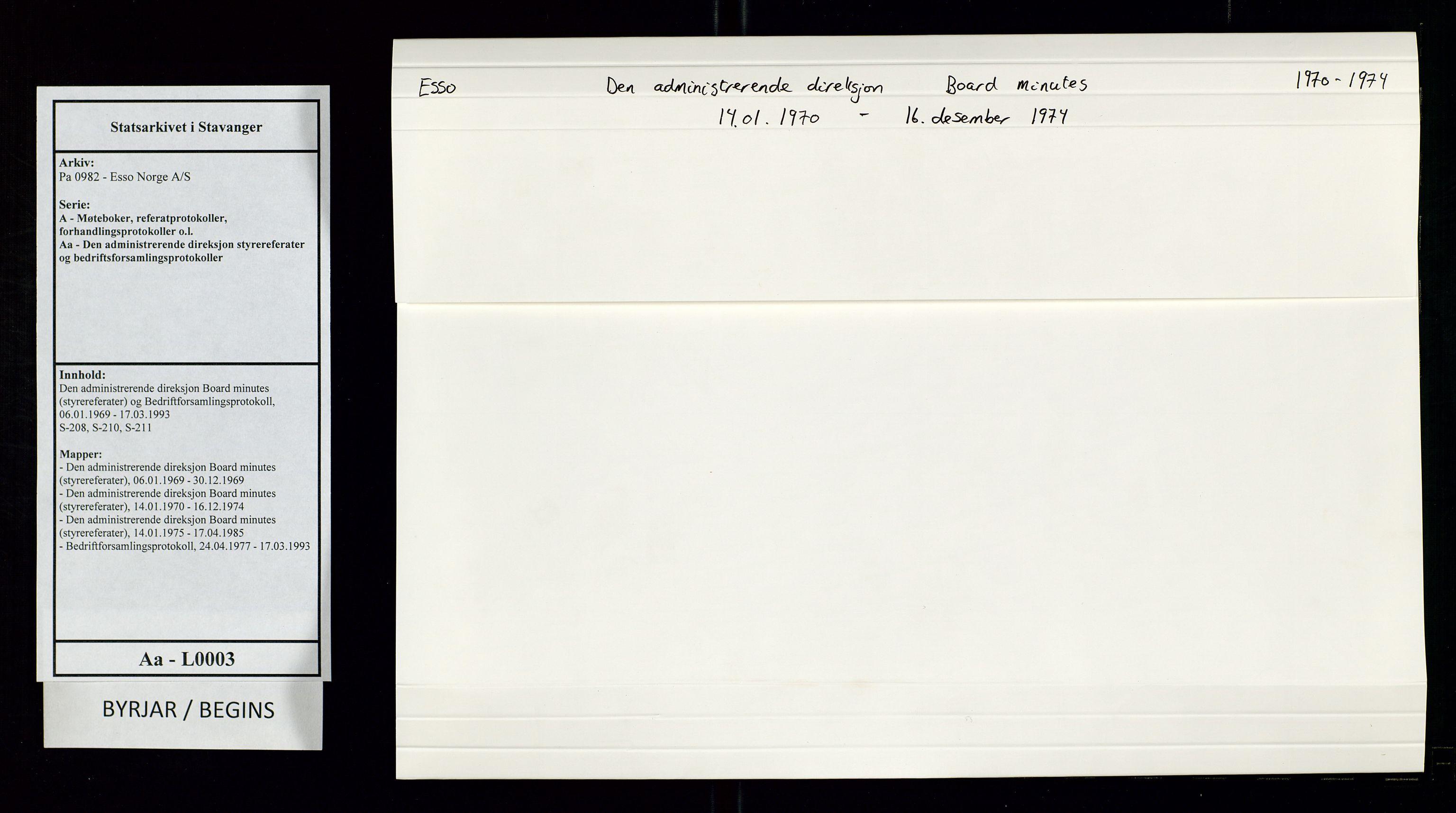 SAST, Pa 0982 - Esso Norge A/S, A/Aa/L0003: Den administrerende direksjon Board minutes (styrereferater) og Bedriftforsamlingsprotokoll, 1970-1974, s. 1