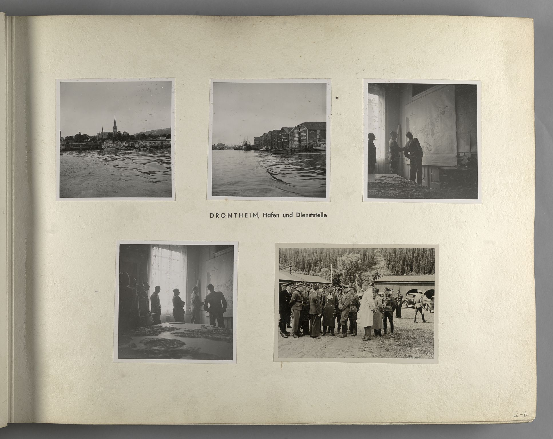 RA, Tyske arkiver, Reichskommissariat, Bildarchiv, U/L0071: Fotoalbum: Mit dem Reichskommissar nach Nordnorwegen und Finnland 10. bis 27. Juli 1942, 1942, s. 13