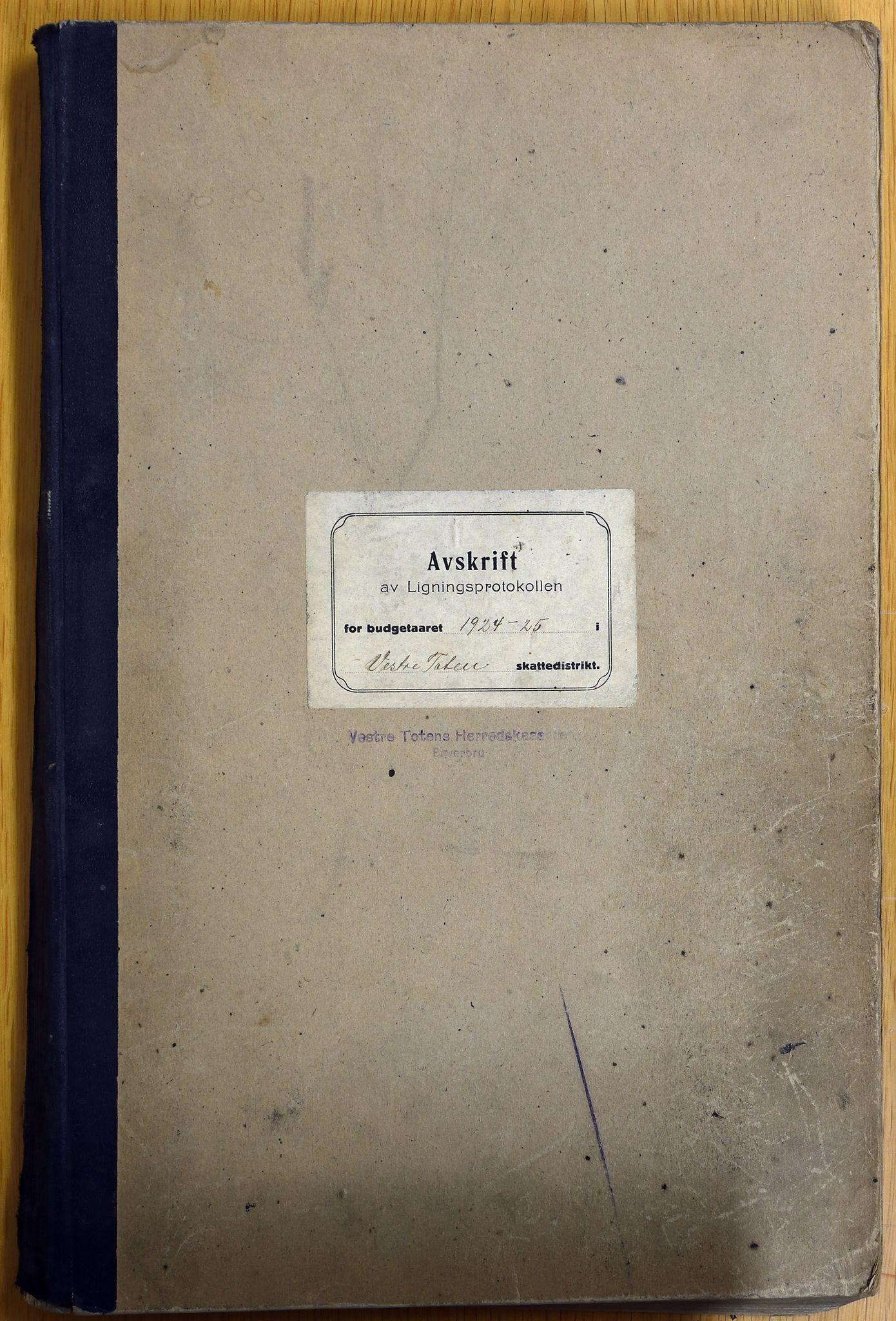 KVT, Vestre Toten Kommune - Avskrift av Ligningsprotokollen for budsjettåret 1924-1925, 1924-1925